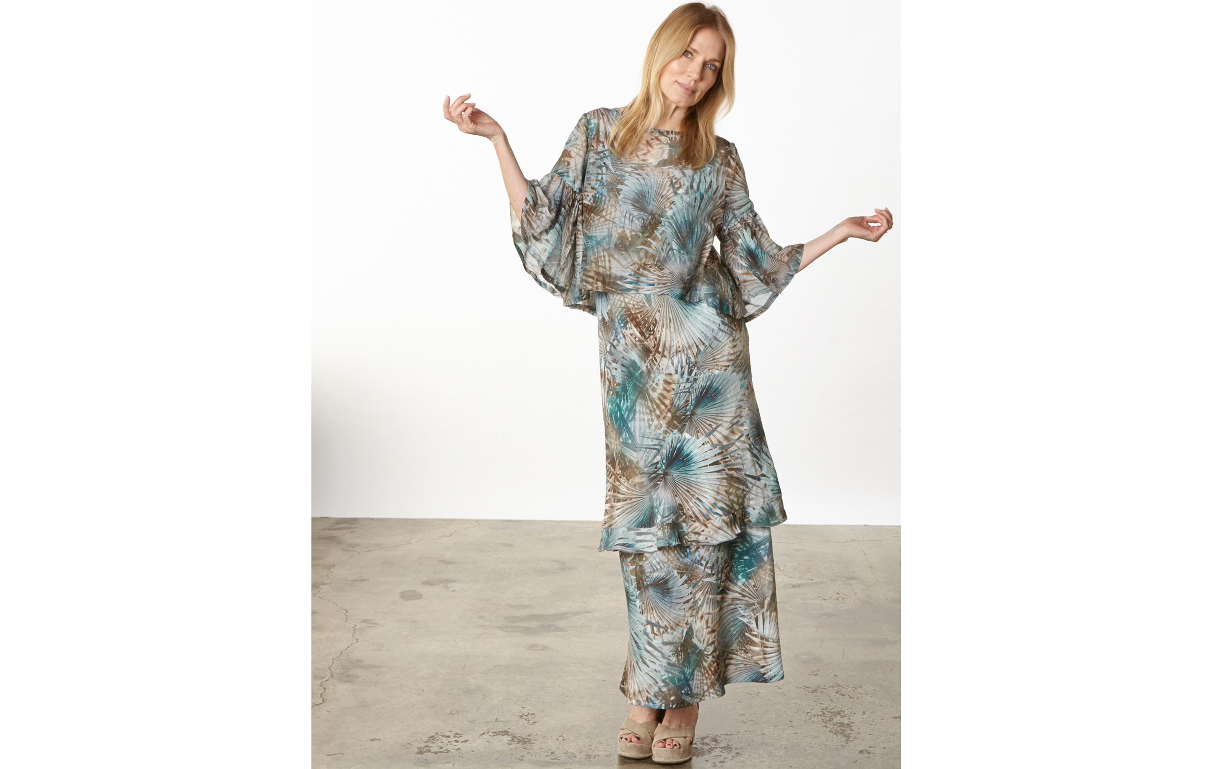 Frida Shirt in Palma Italian Cotton/Silk, Giselle Dress, Long Bias Skirt in Palma Italian Linen