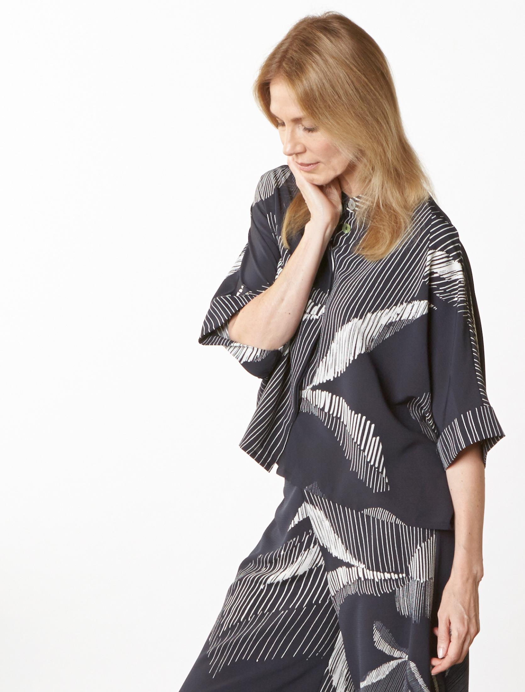 Joe Shirt, Long Full Pant in lndaco Italian Foglia Print