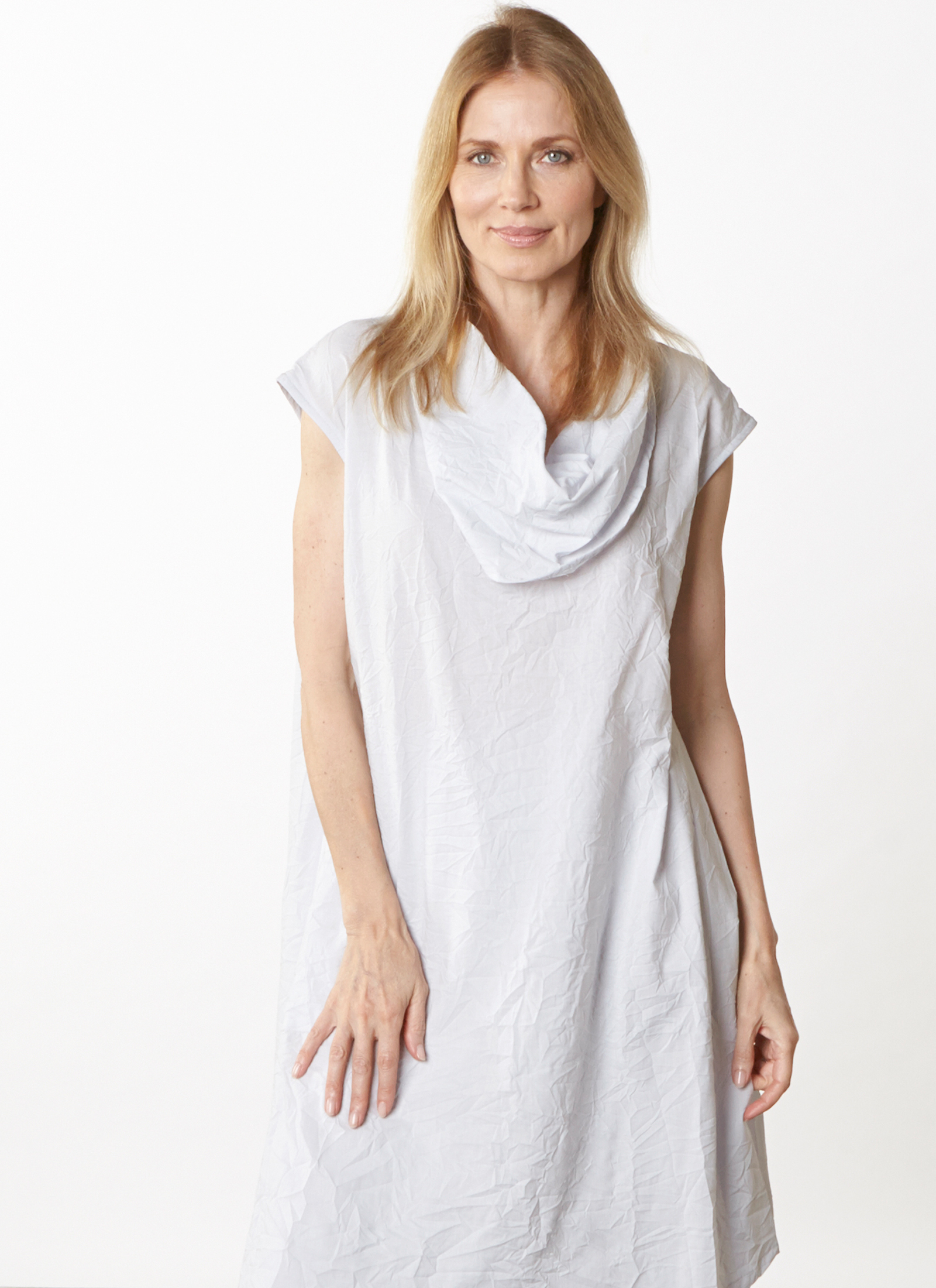 Nolan Tunic in Ice Italian Crinkle Cotton