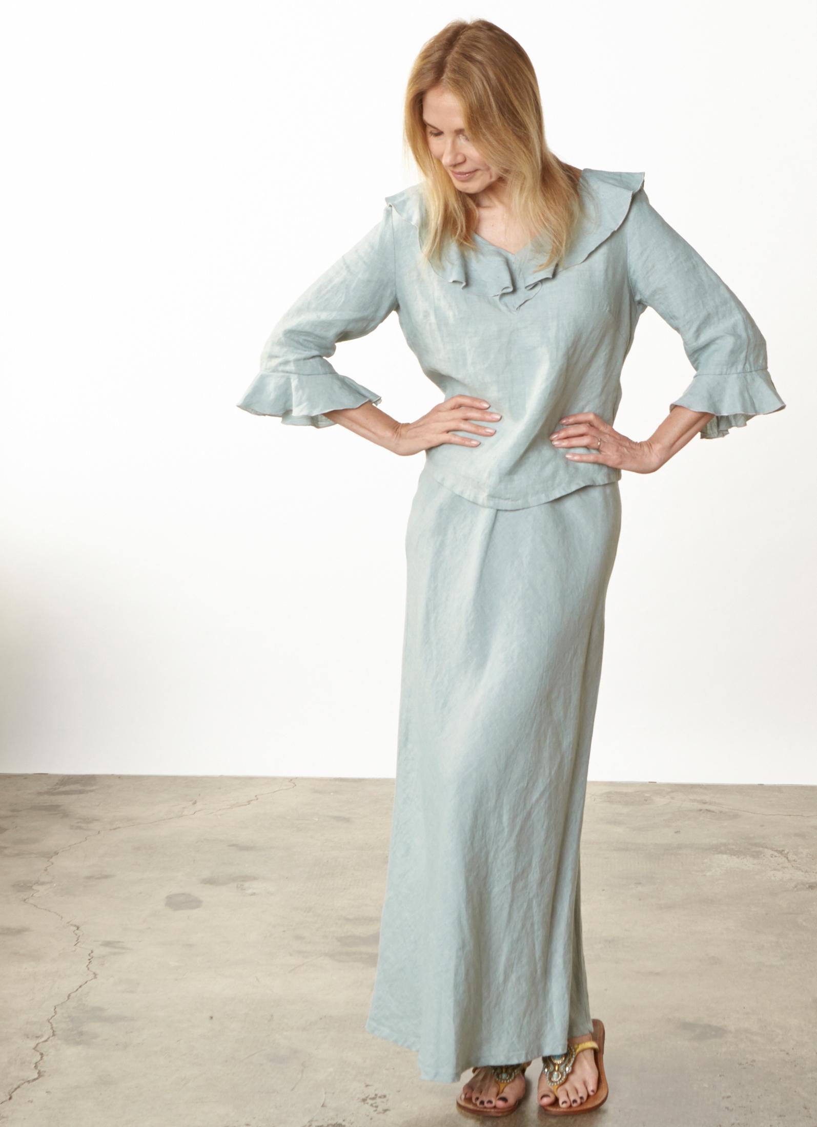 Georgia Shirt, Long Bias Skirt in Taormina Cross Dyed Linen