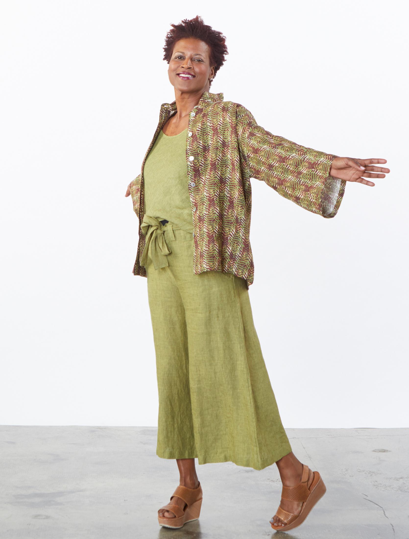 Alabama Shirt in Verde Italian Print Linen, Lucy Tank, Crop Tie Waist Pant in Ravello Cross Dyed Linen