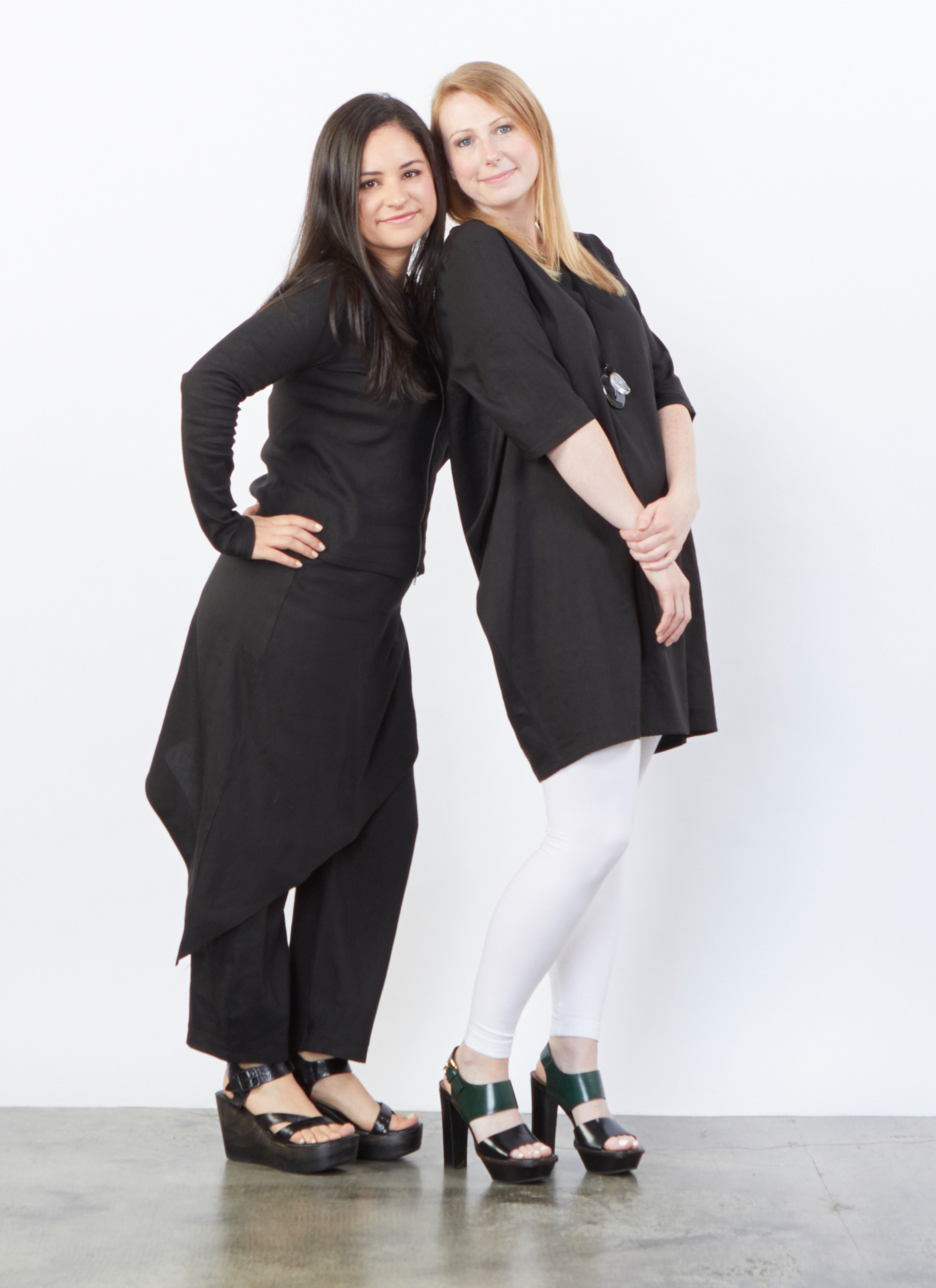 Betz Jacket, Sofia Pant, Conrad Tunic in Black Ready for Bologna, Legging in White Bamboo Cotton