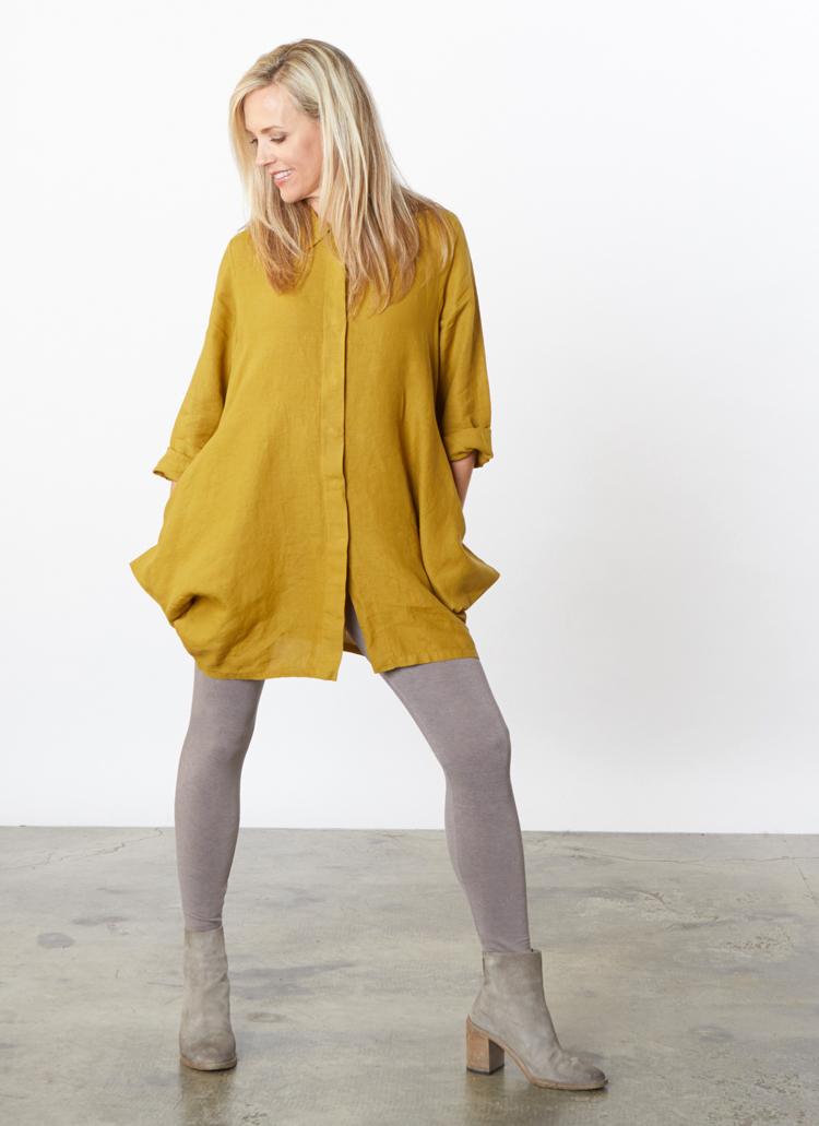 L/S Corrado Shirt in Oolong Light Linen, Legging in Nightingale Grey Terry