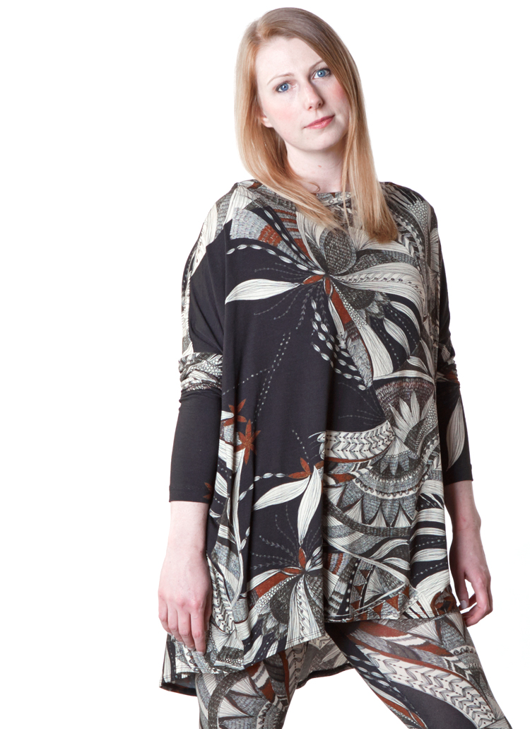 Dimitri Tunic, Legging in Black/Ivory Ready for Lisbon Print Jersey