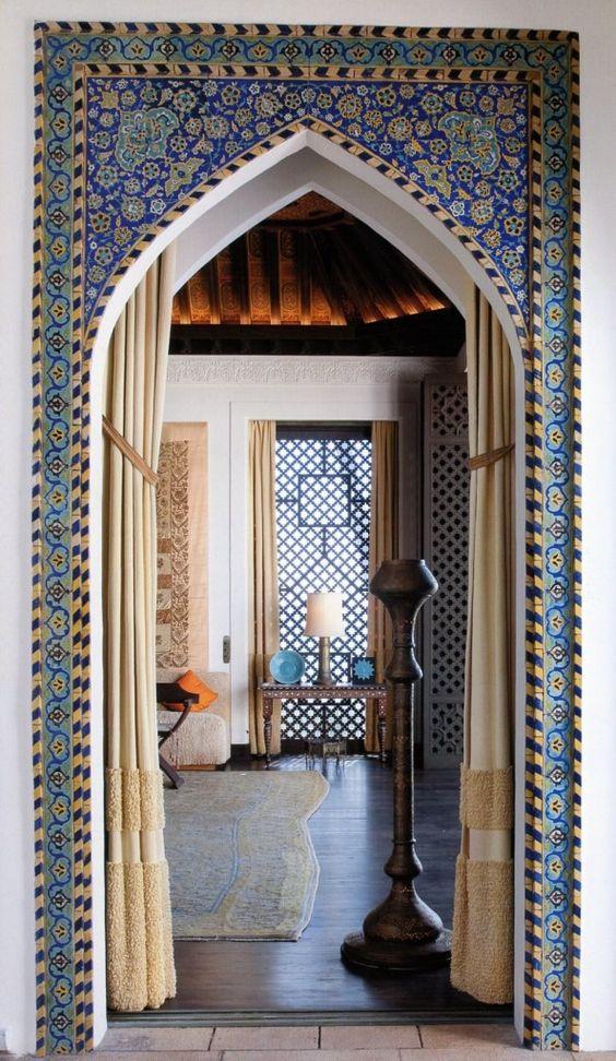 Stunning Islamic tiles and artworks