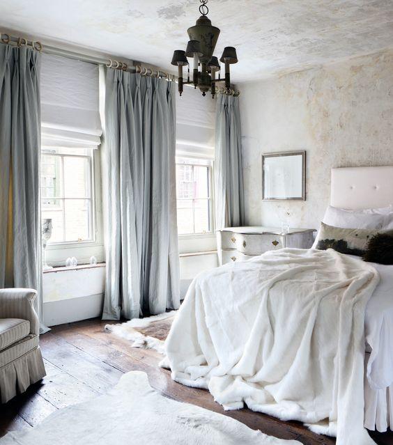 linen curtains 2.jpg