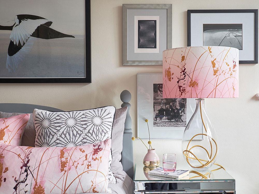 Anna Jacobs lamp