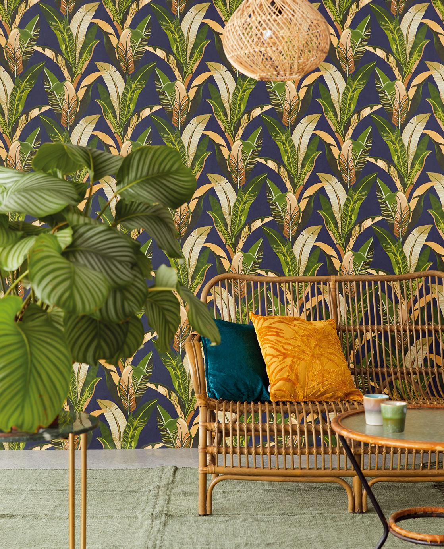 Resene green 384504 wallpaper from  Resene ColorShops.