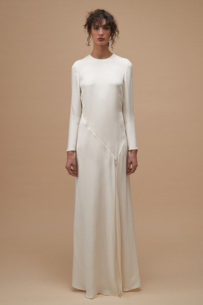 ritual-gown-kwa42125-ivory-front-0291755001565041144_1565041055.jpg
