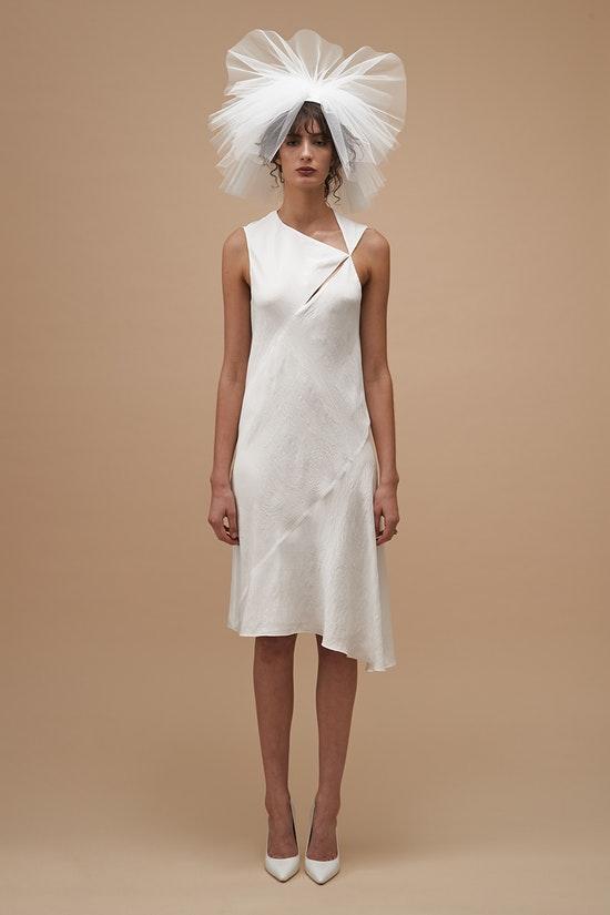 ceremony-dress-kwa42134-ivory-front-0312198001565041144_1565041072.jpg