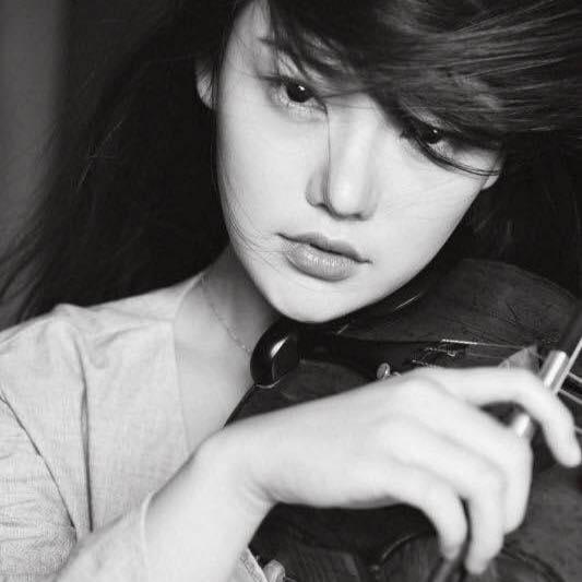Yutong Zhang, violin