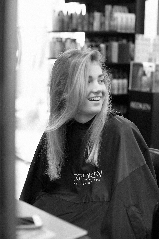 """Behind the Scenes of """"Blonde Rebel"""""""