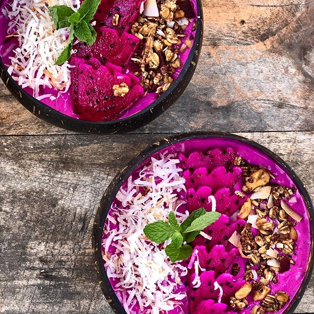 Eat. Swim. Play. Repeat. Thoroughly enjoying our little break from South Australia's cold & wet winter. Nusa Lembongan with @monmonwilson is a dreamy little paradise, just what I needed! And the food, oh the glorious food.. 😍  #smoothiebowl #healthybreakfast #dragonfruit #coconut #granola #foodie #travelgram #balieats #nusalembongan #islandlife #chilltime #eatwellbewell  @thecoconuthutlembongan