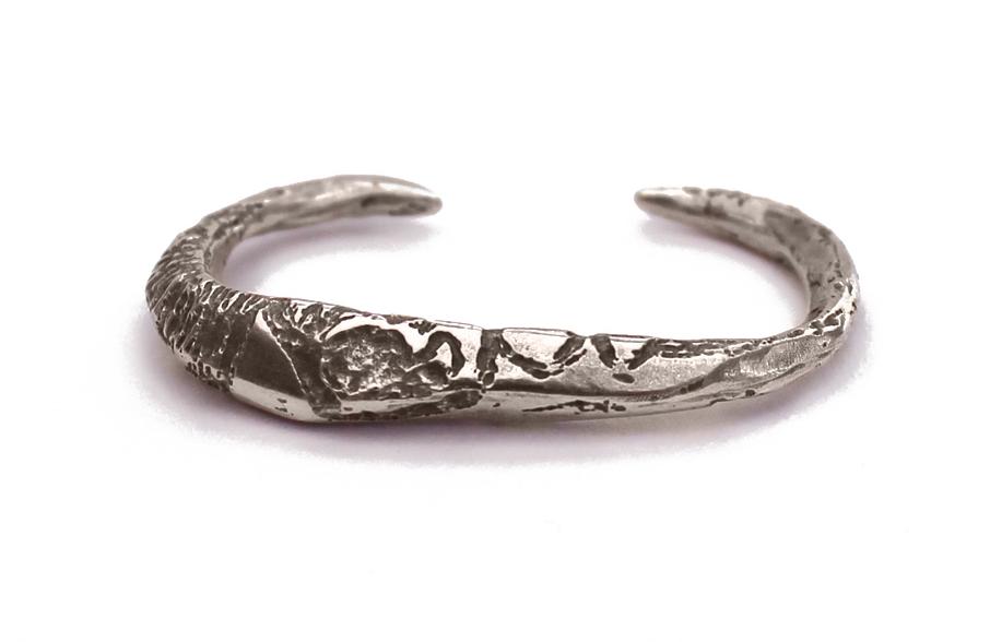 eden silver myer silver two finger.jpg