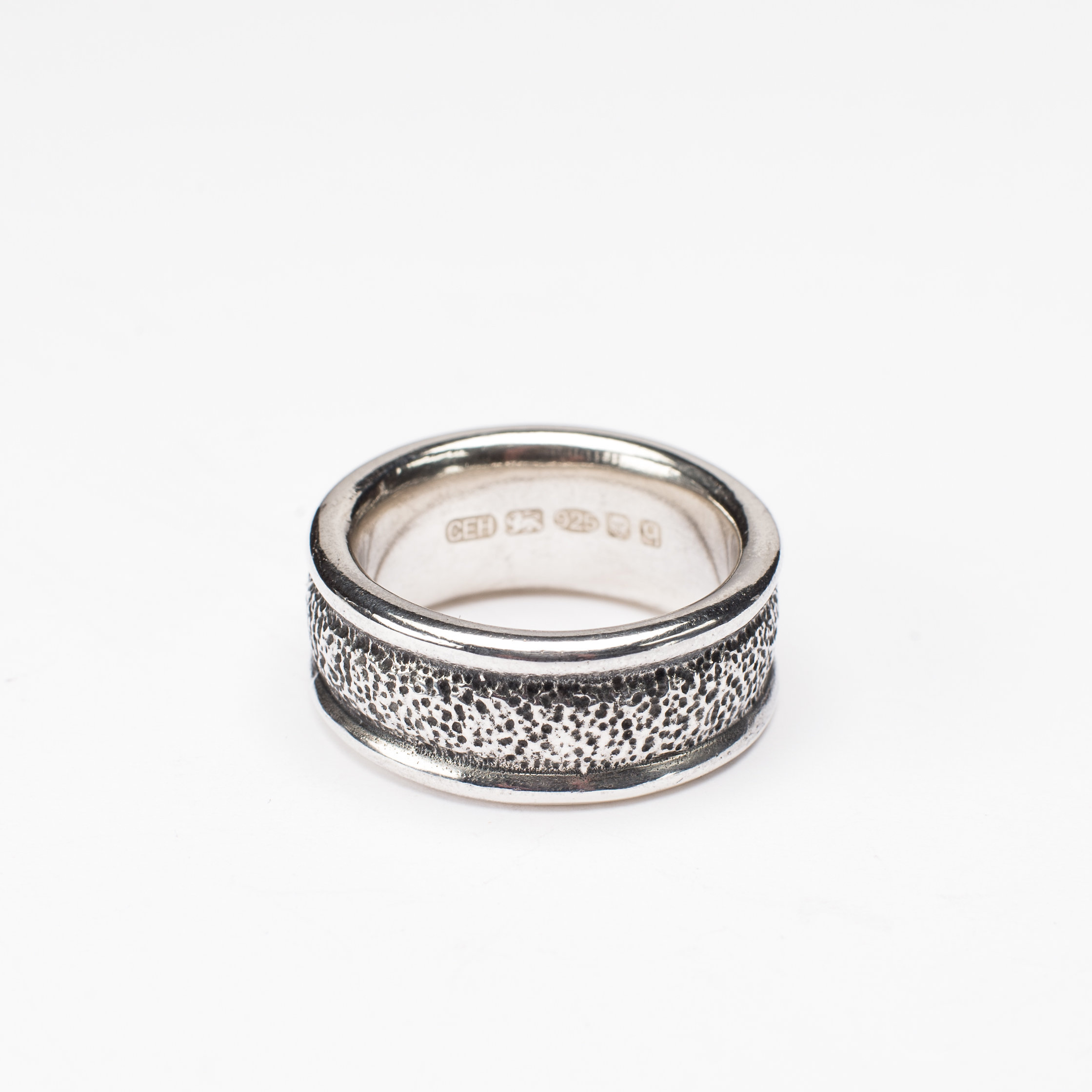 Catherine Hills Jewellery- Mans Textured Band Ring - Silver and Oxidised Silver .jpg
