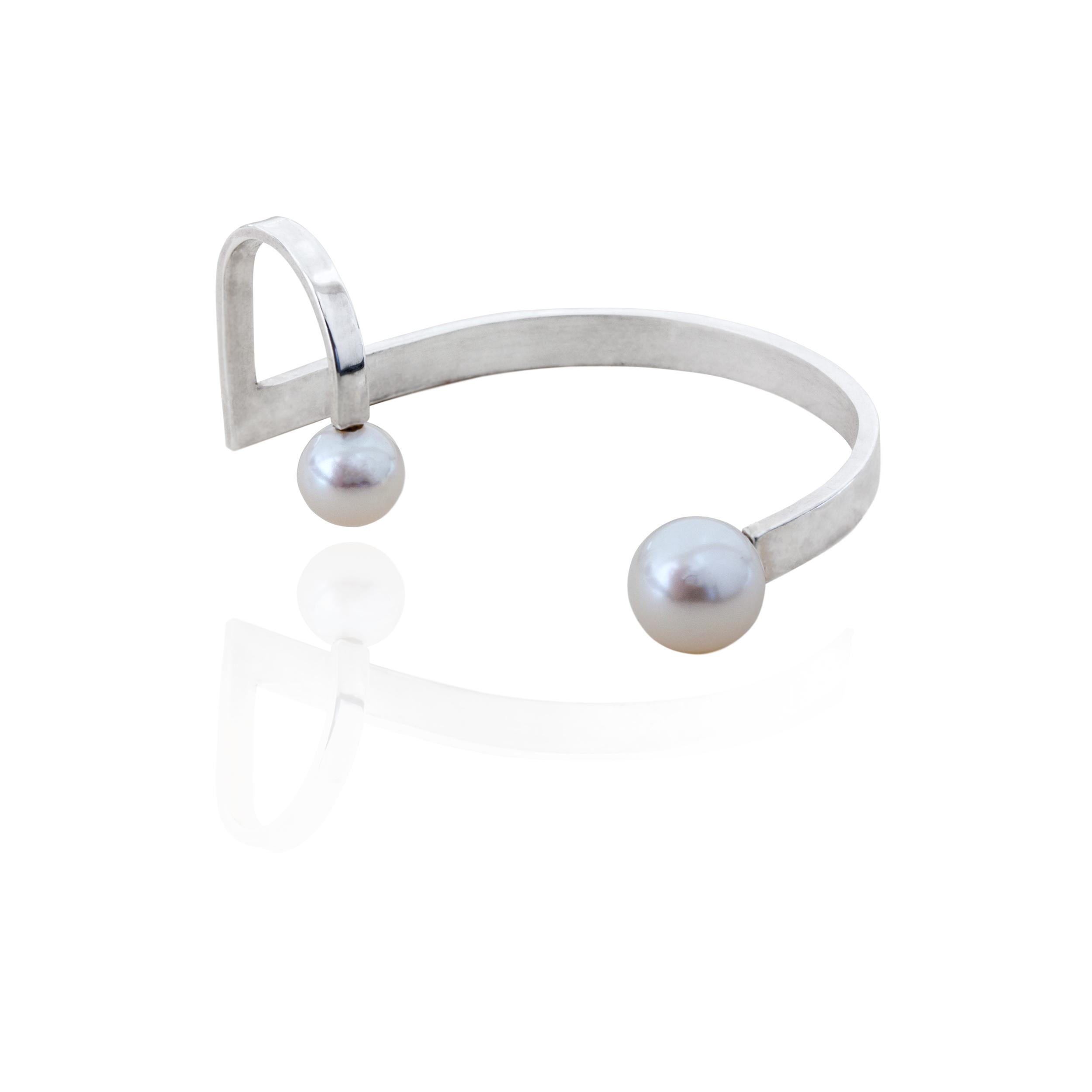 dorry hsu pearl silver jewellery by HSU .jpeg