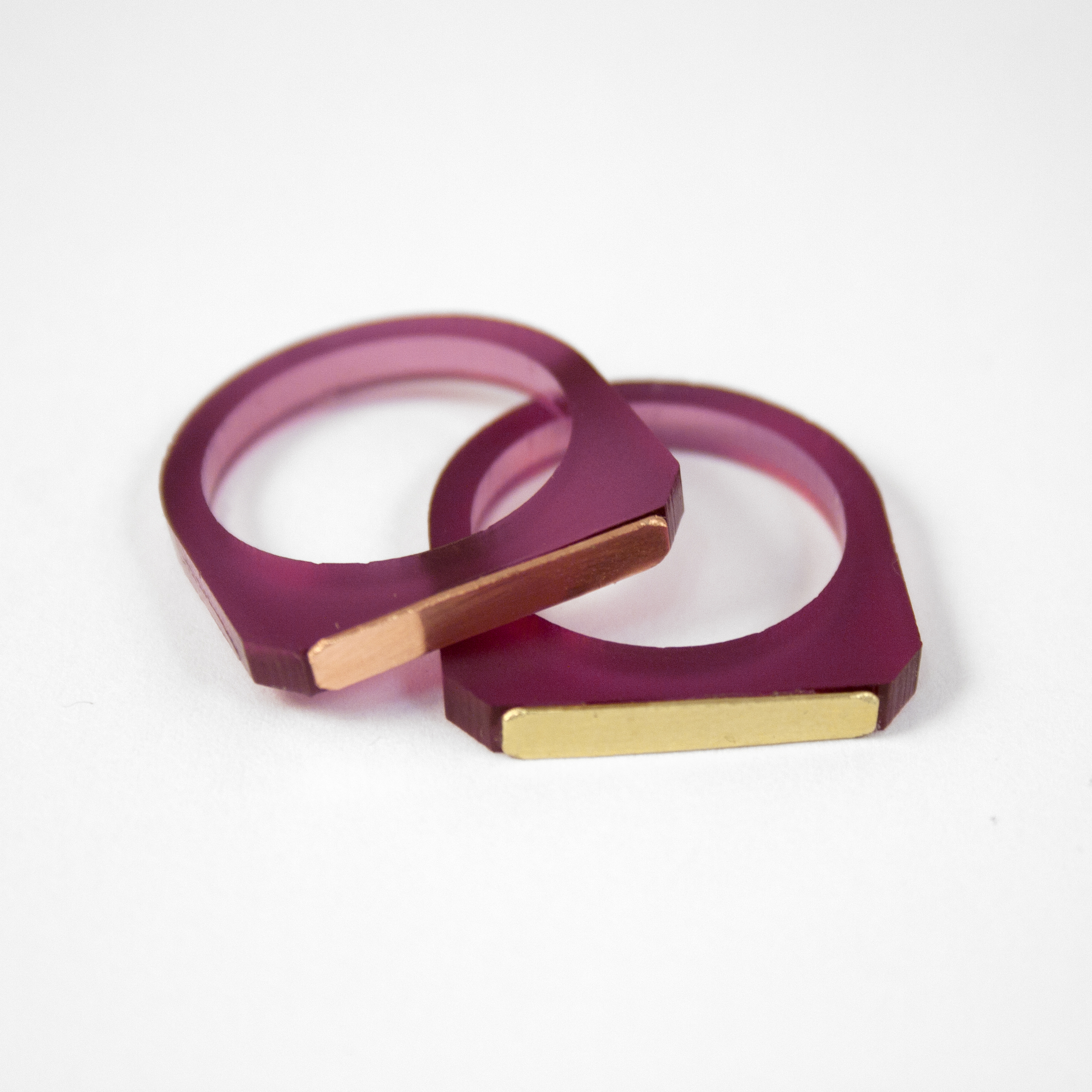 Wolf & Moon Contrast Ring Plum.jpg