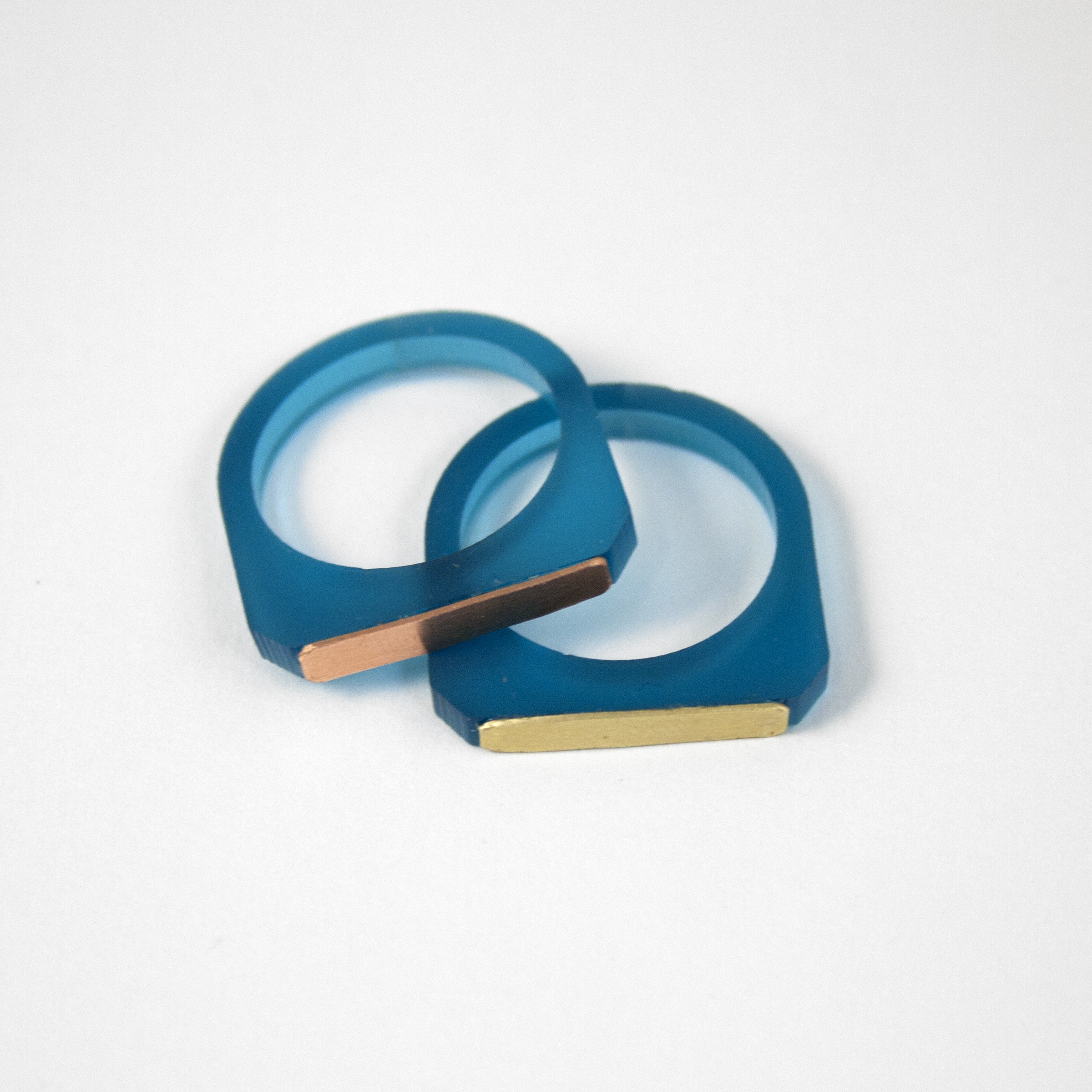 Wolf & Moon Contrast Ring Teal.jpg