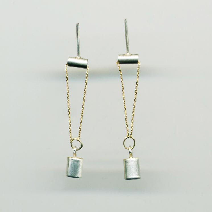 Silvia Piva earrings 211 container sol_ag+au.jpg