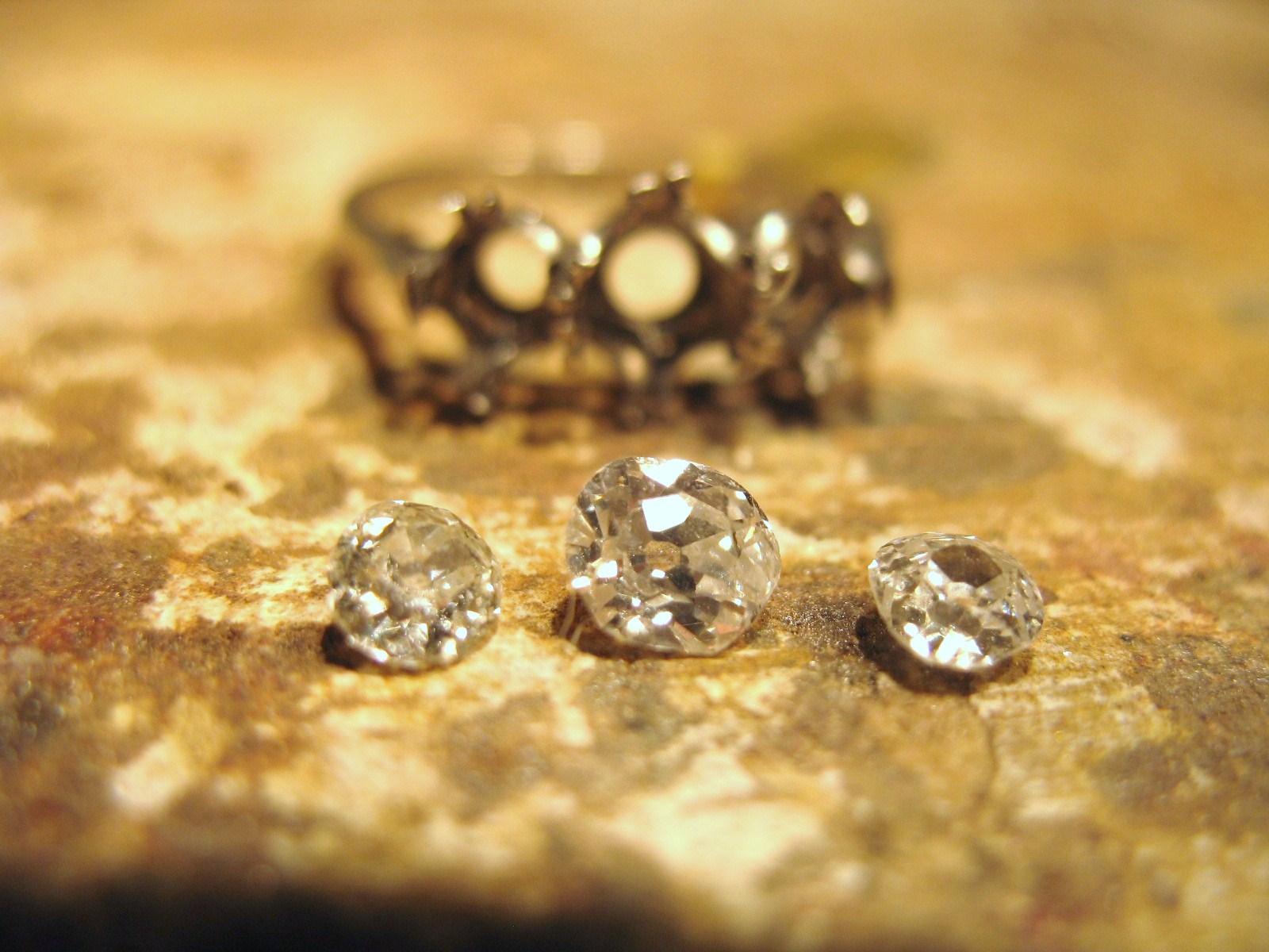 samantha queen bespoke ring gill wing jewellery 14.JPG