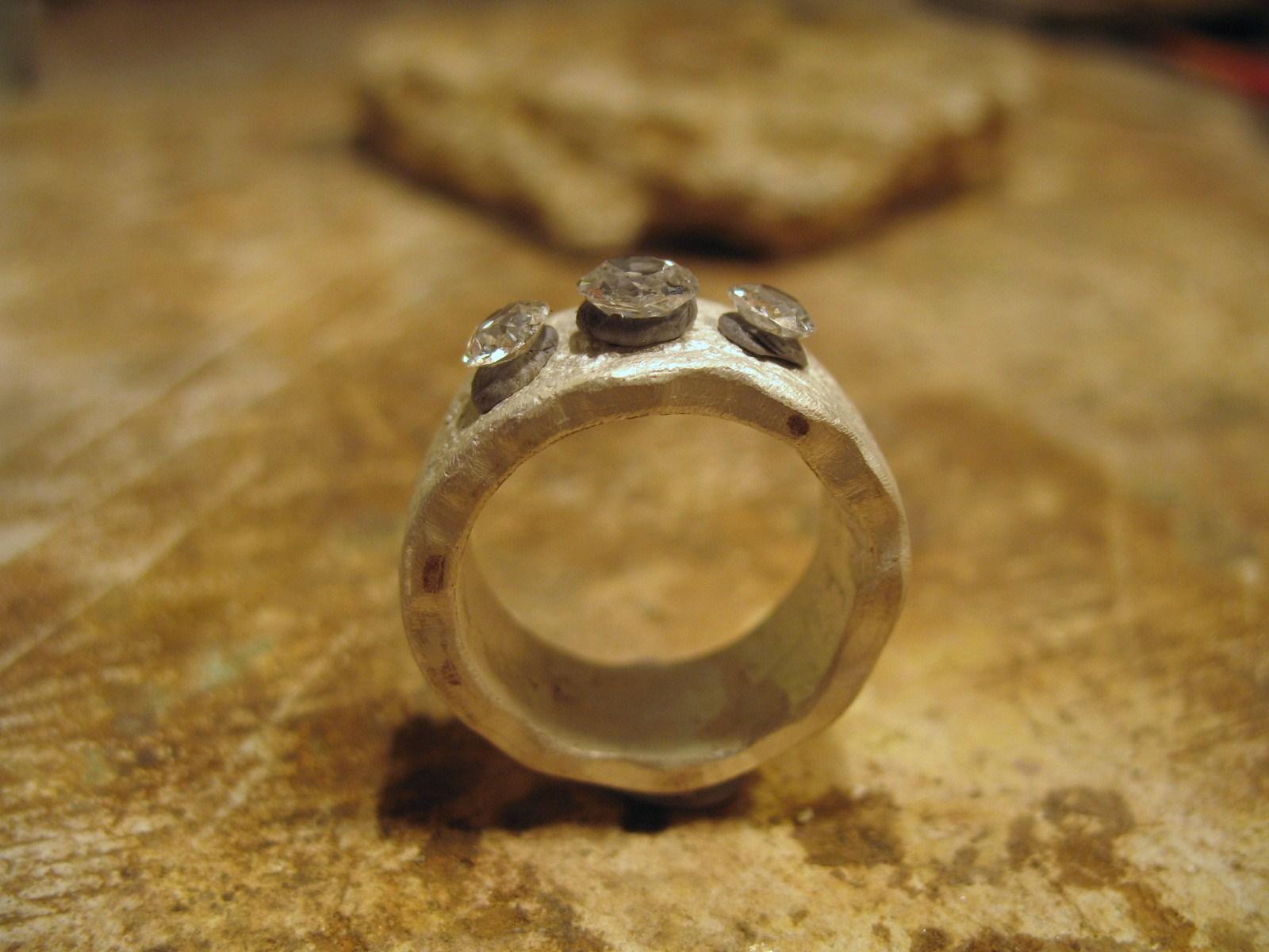 samantha queen bespoke ring gill wing jewellery 23.JPG
