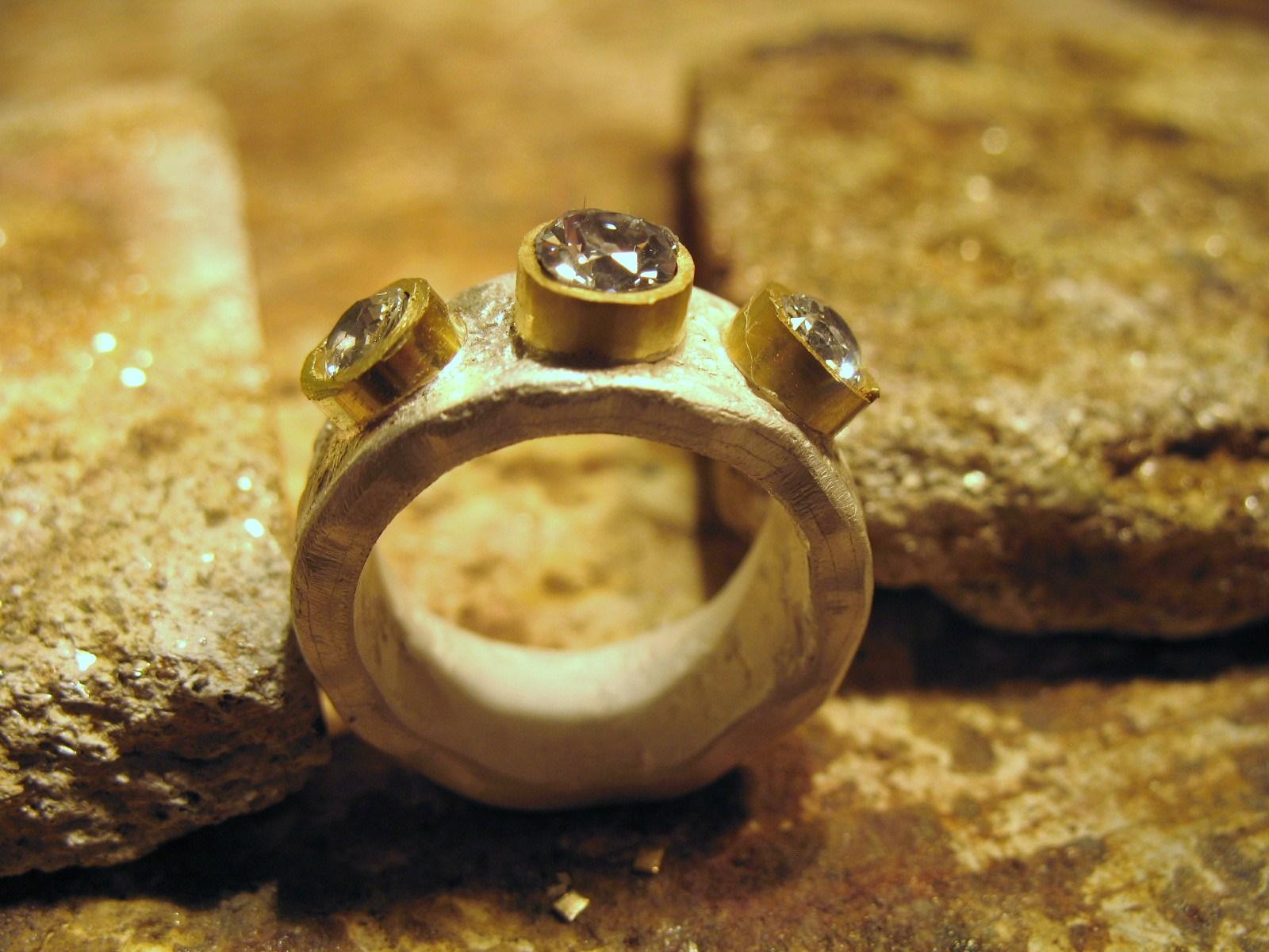 samantha queen bespoke ring gill wing jewellery 34.JPG