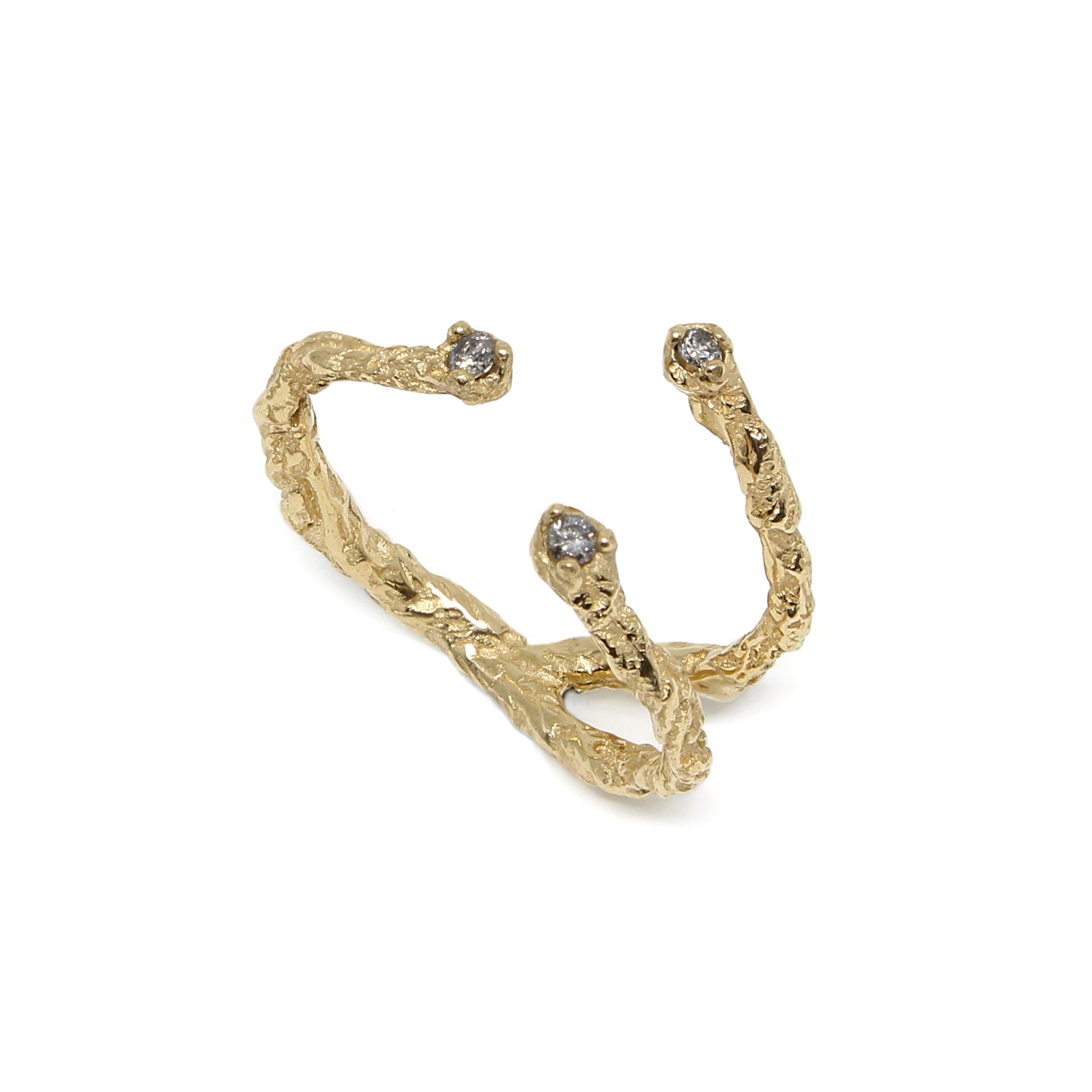 Niza Huang moments 3 stones 9k gold ring.jpg