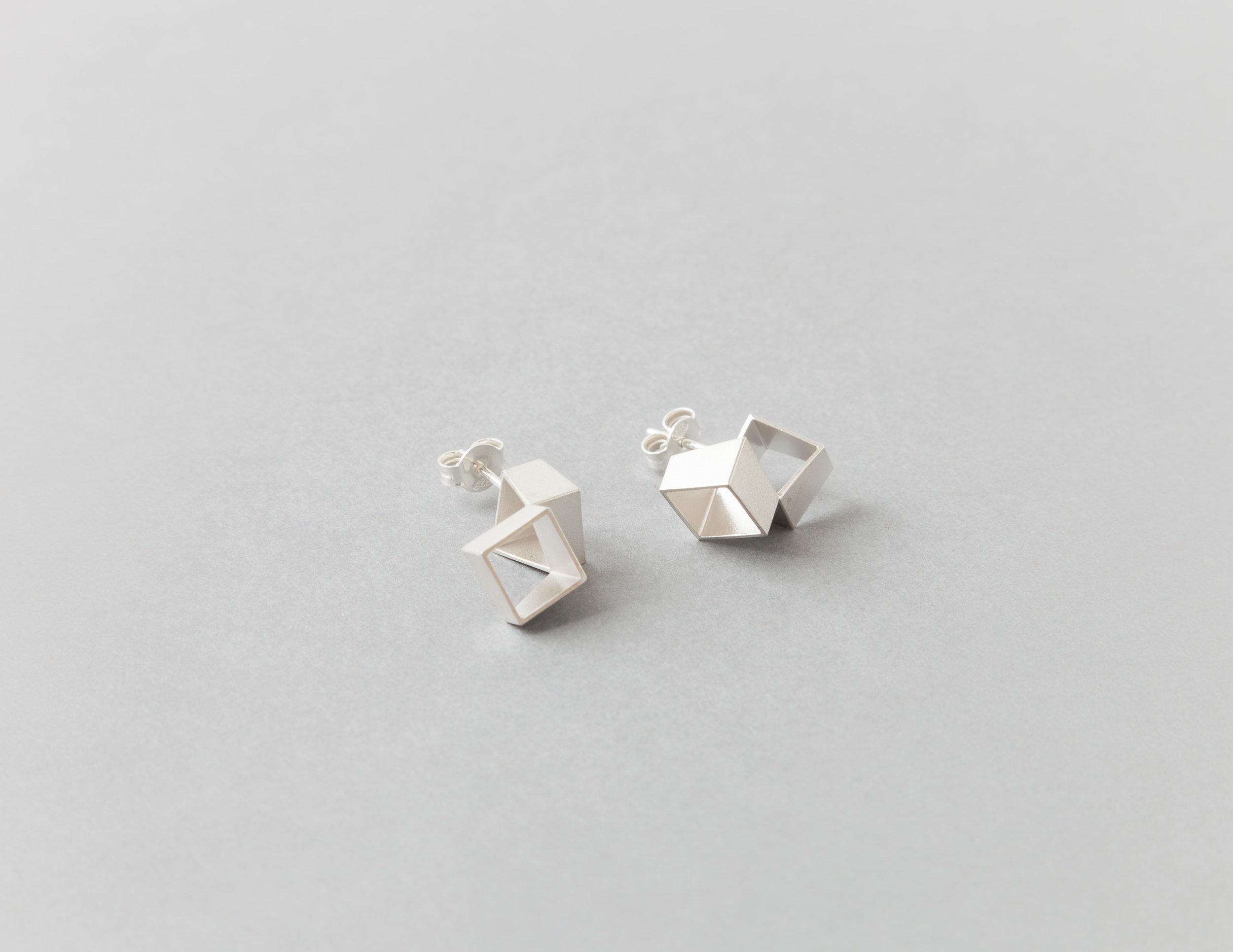 Alma Sophia Design - 8x8 studs silver.jpg