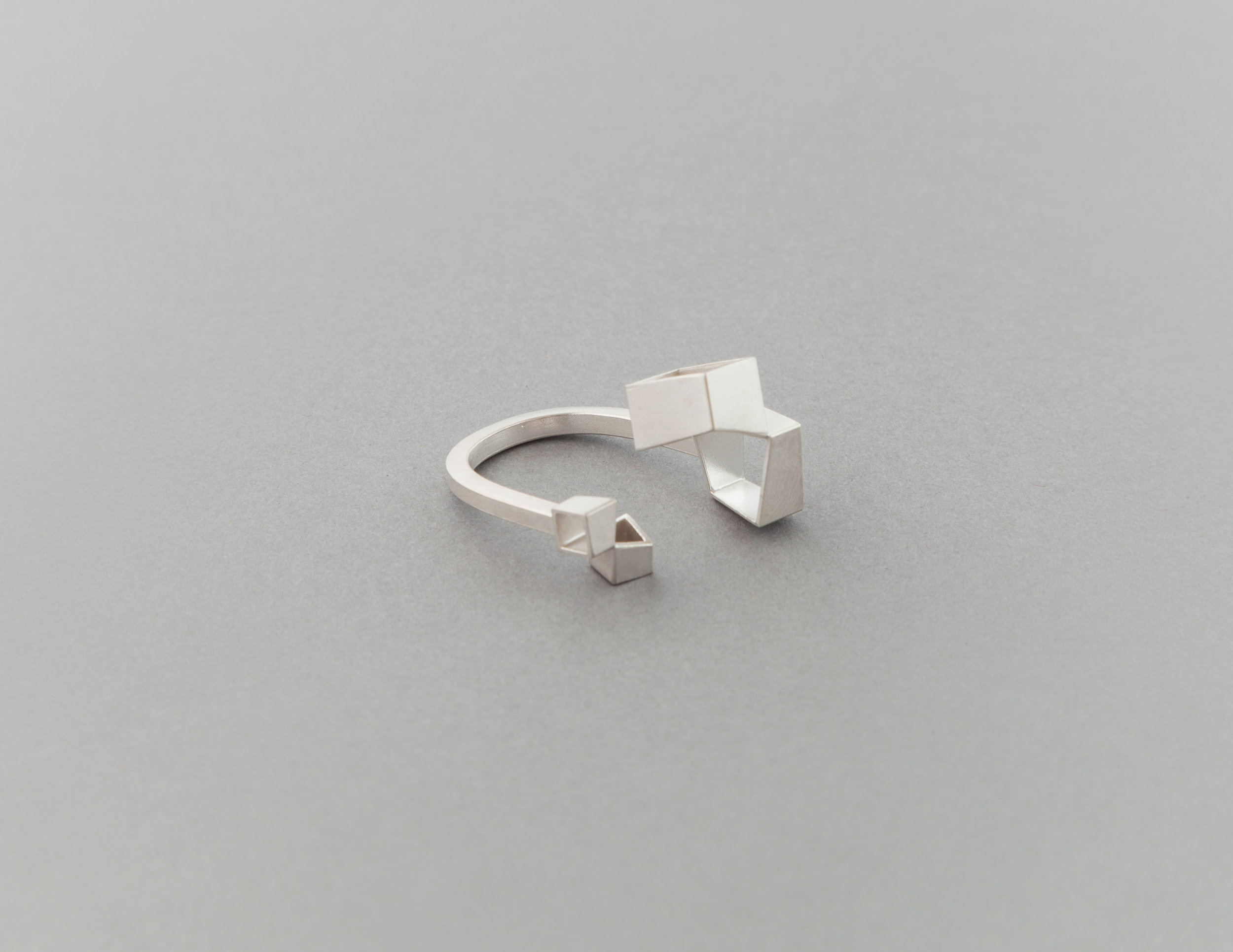 Alma Sophia Design 8x8 & 4x4 adjustable ring.jpg