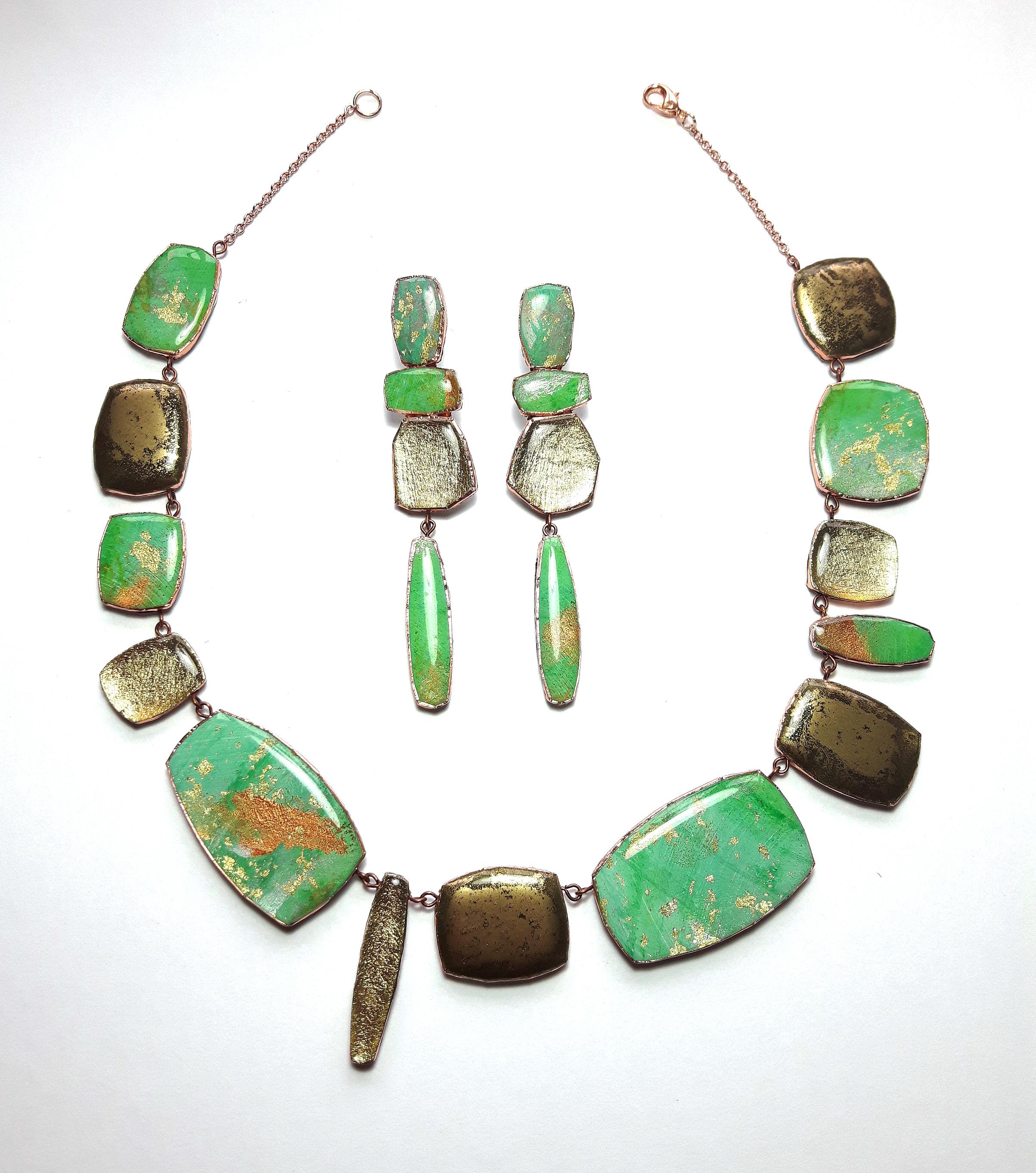 dee barnes green necklace set.jpg
