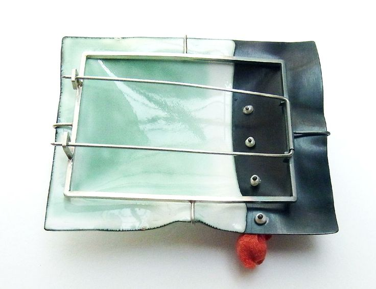 Mariko Sumioka enamelled brooch. Skillfully made, as beautiful from the back as the front.