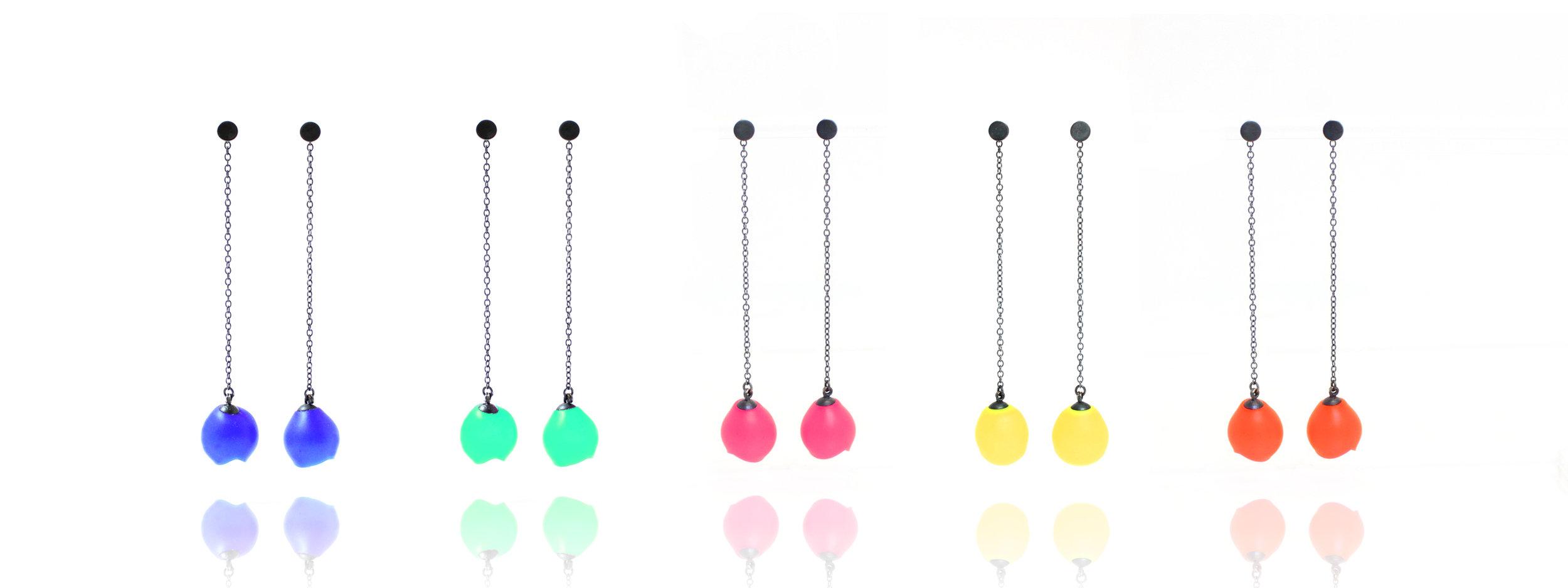 6 Jenny Llewellyn- Mix Up Look Sharp long chain drops-300.jpg