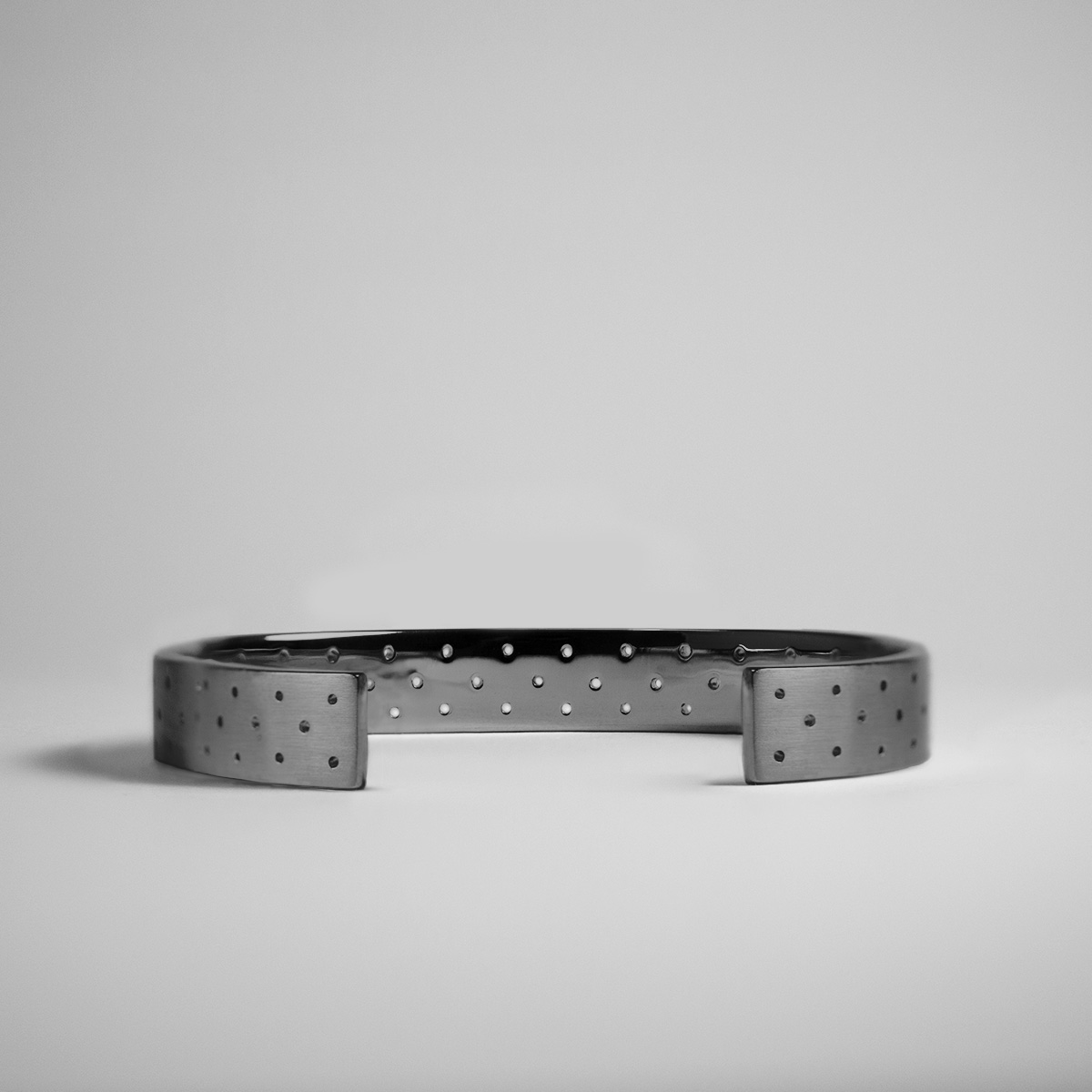 PERFORATED_10MM_SIDE_BLACK copy alex orso.jpg