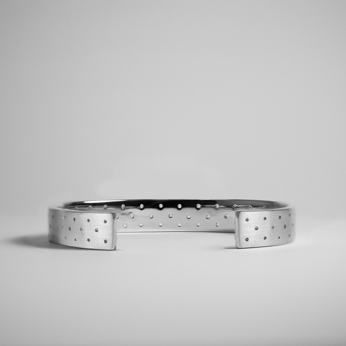 PERFORATED_10MM_SIDE_SIVER copy alex orso.jpg