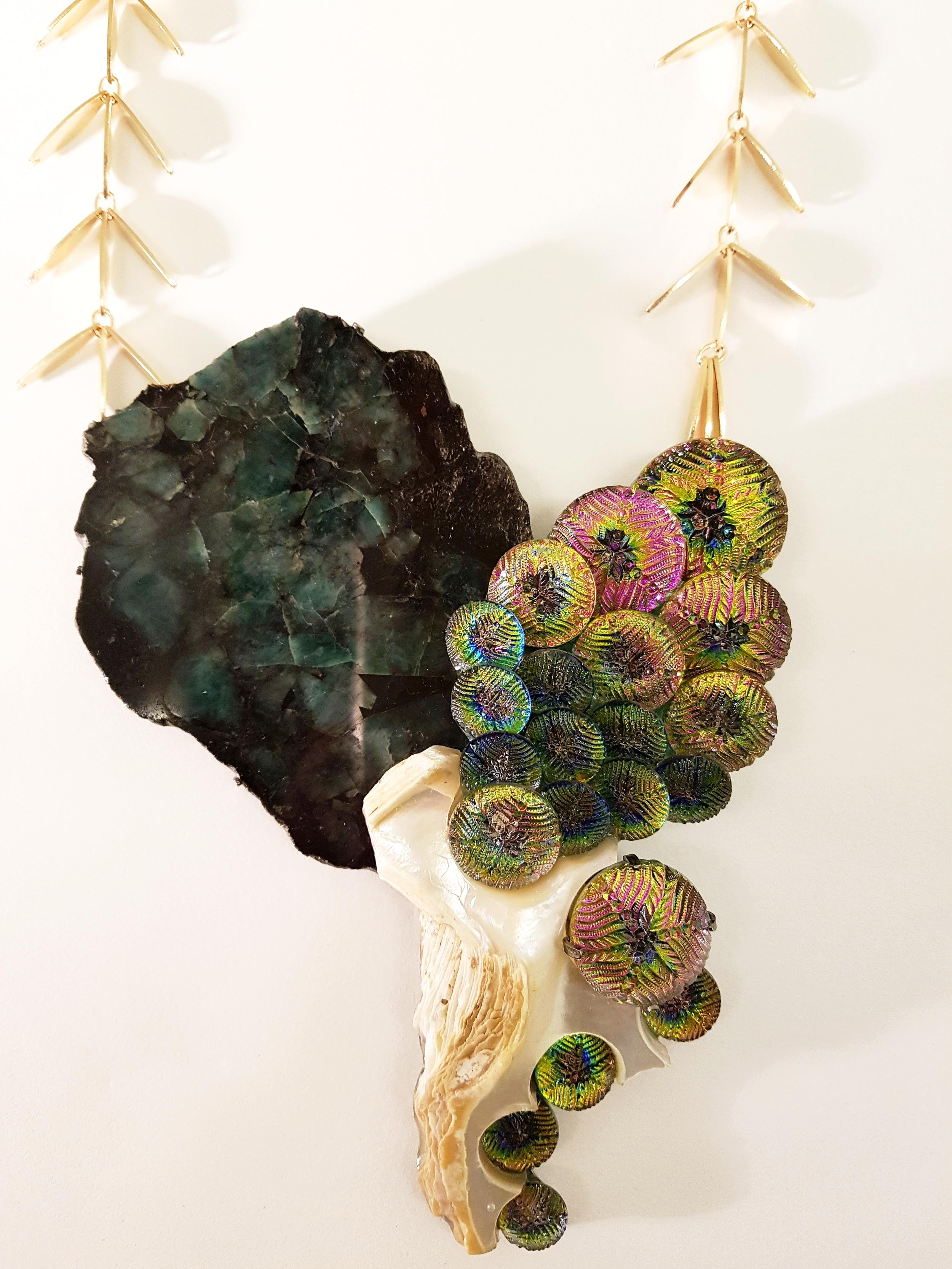 Meeting the jewellery artist Tamara Gruner with her ecclectic, organic work at Munich Jewellery Week 2017.
