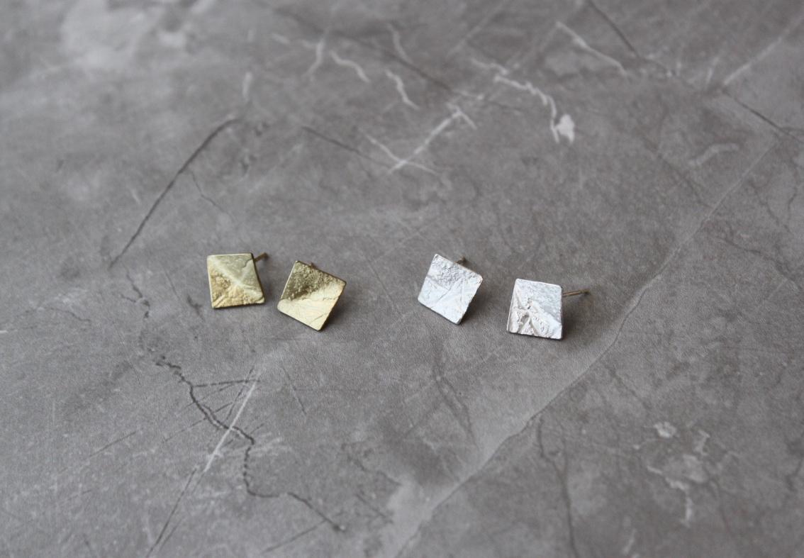 Rhona McCallum Mini silver square studs.jpg