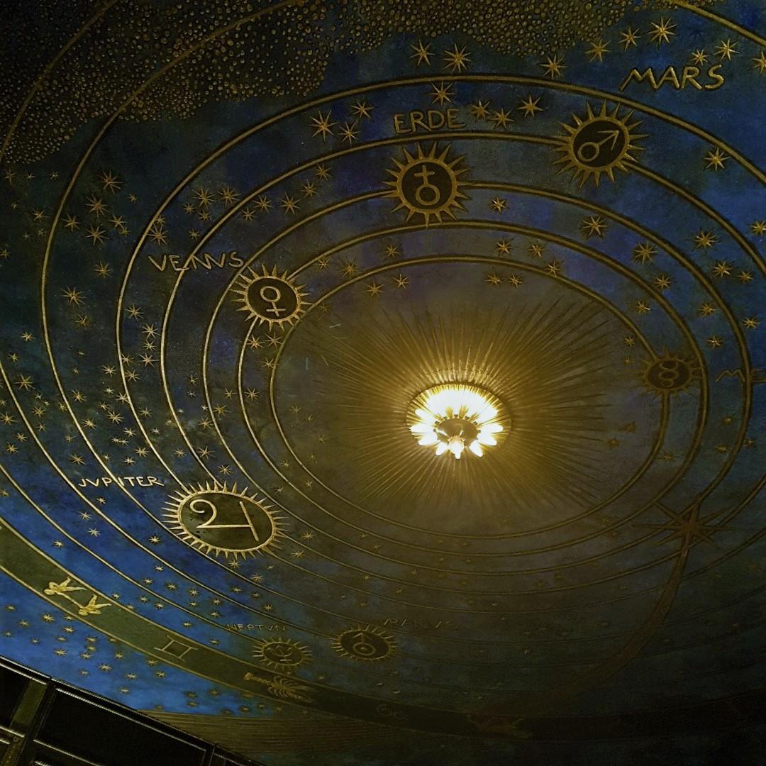 mjw18 villa stuck celestial ceiling sml.jpg