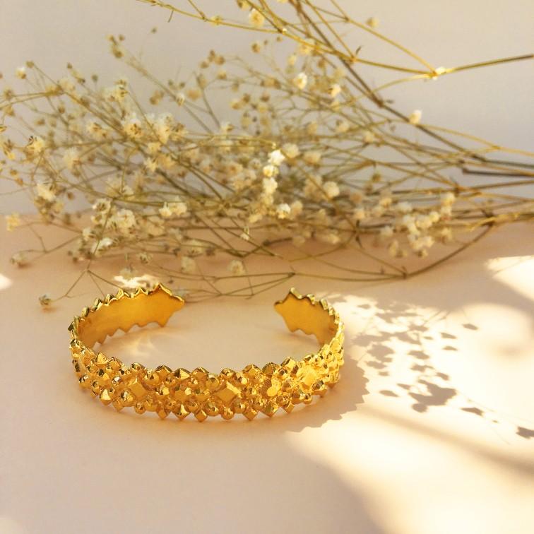 Céleste gold bracelet.jpg