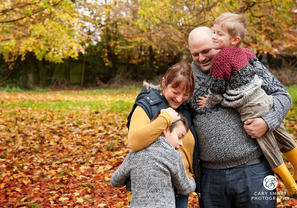 Family photoshoot in Autumn at Caldicot
