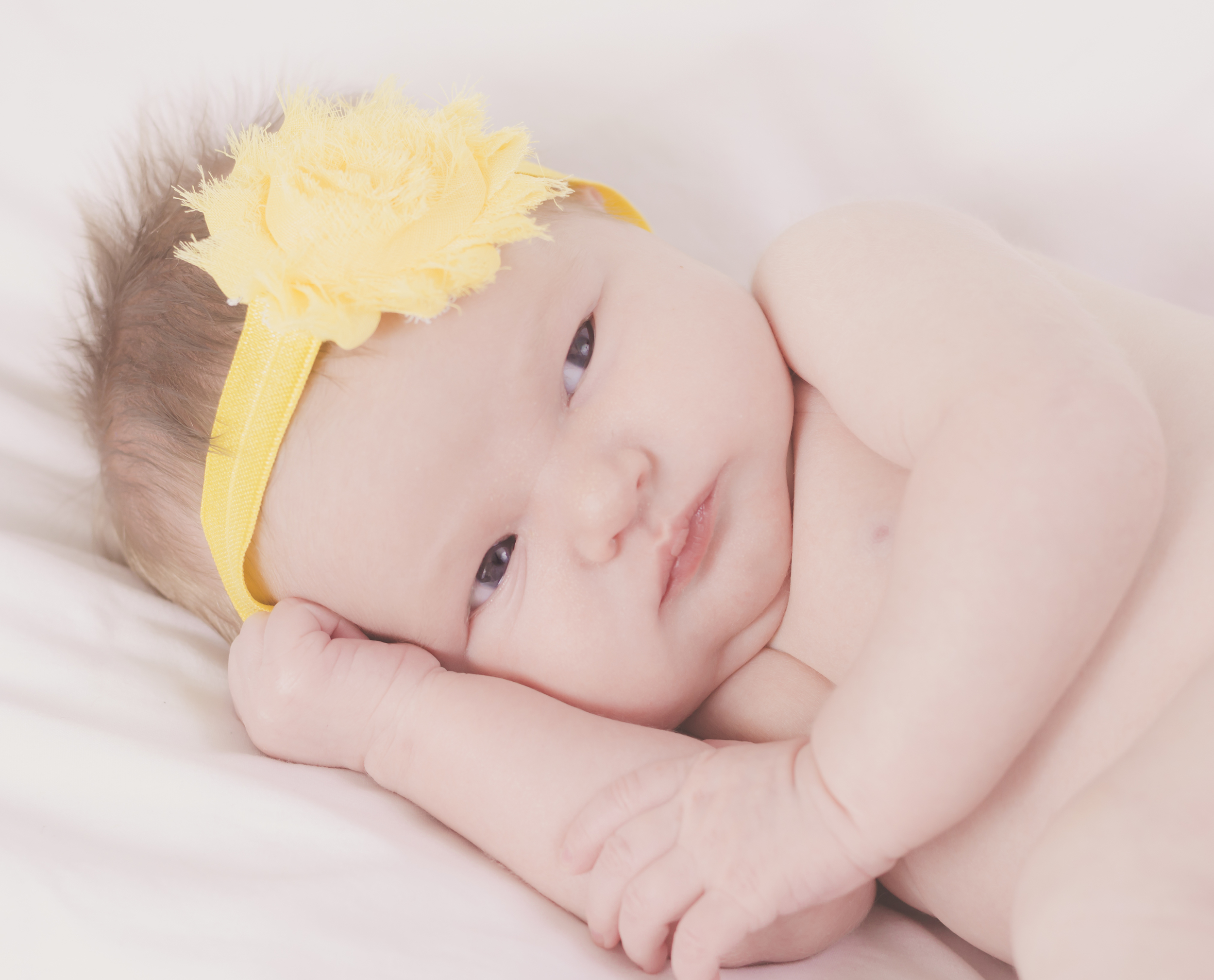 Amelia_Newborn_02.jpg