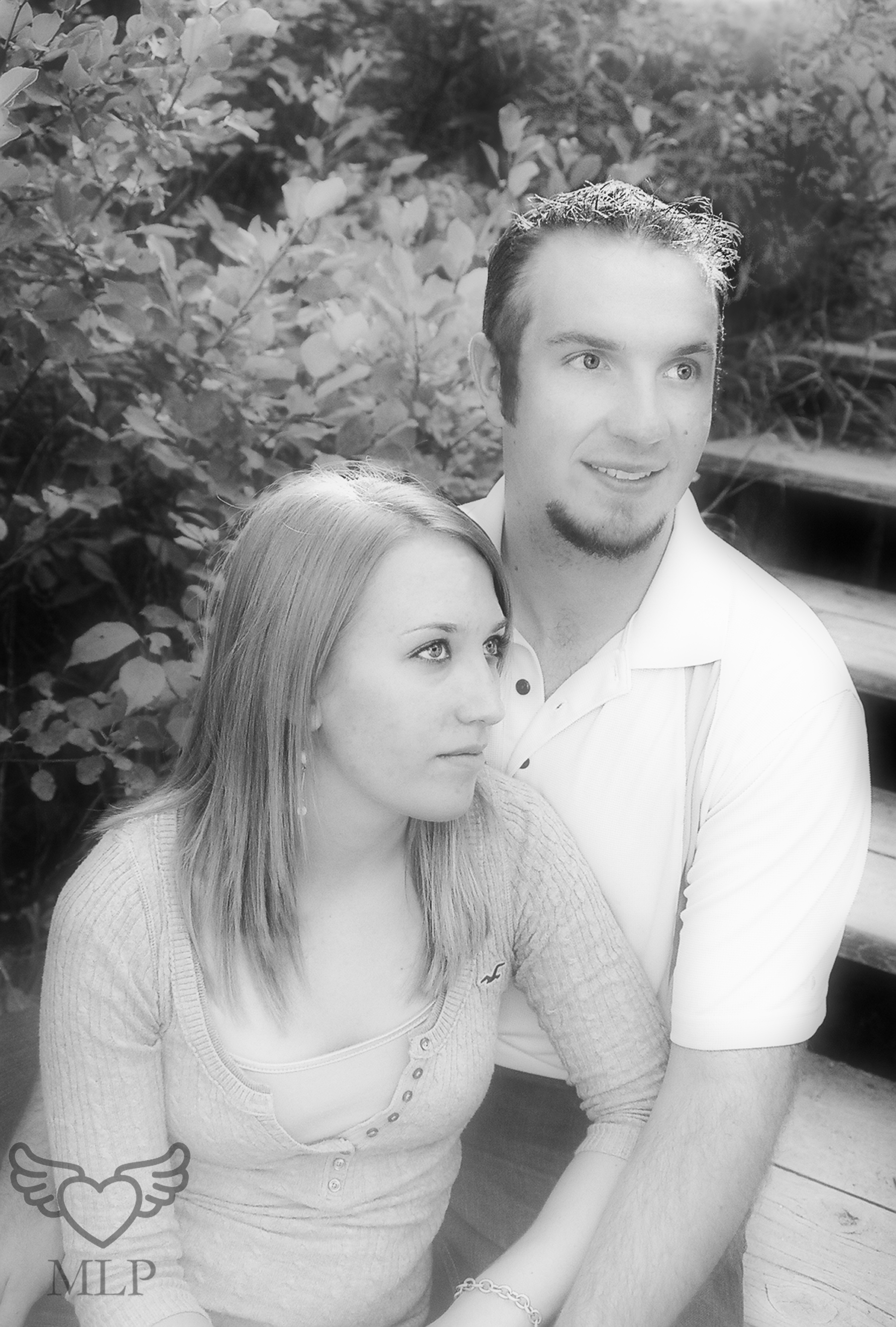 Engagement_MelanieLynnPhotography_1.jpg