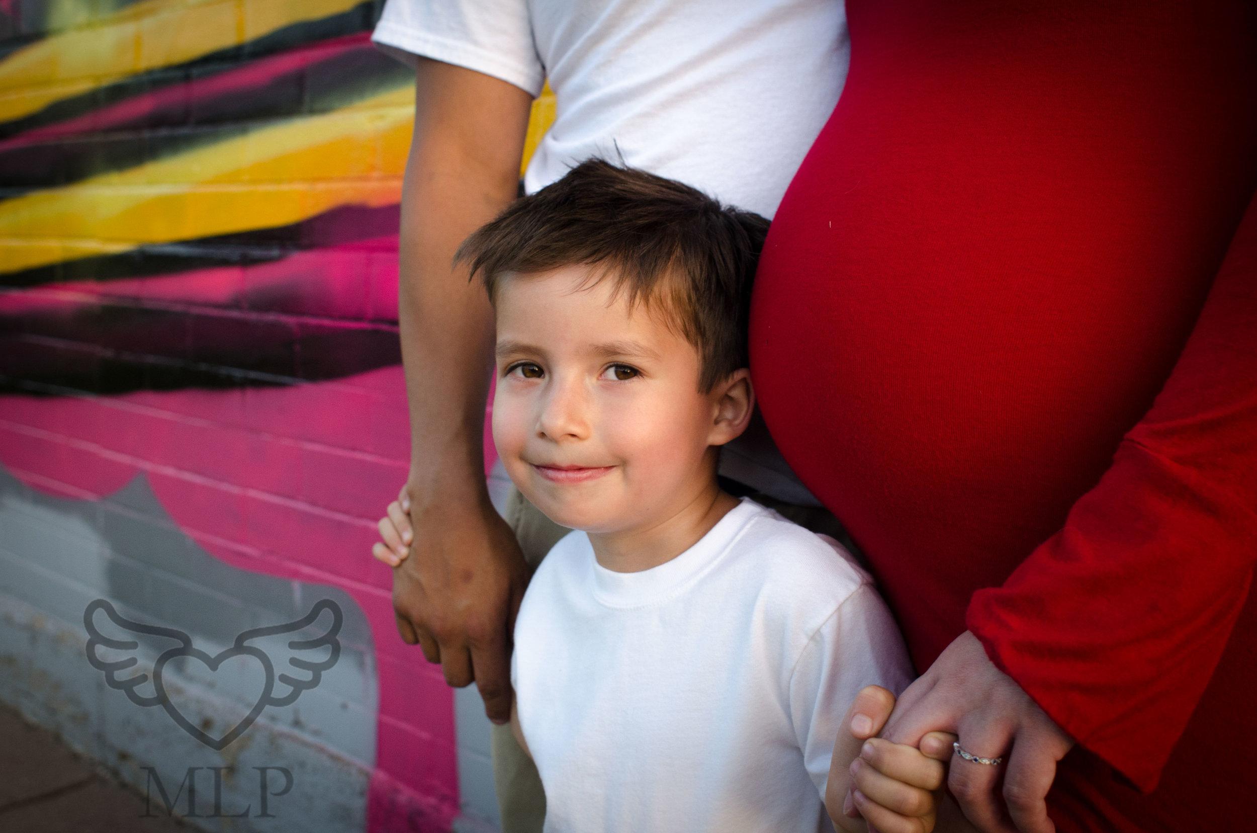 Maternity_Portrait_Broncos_Fans_03.JPG