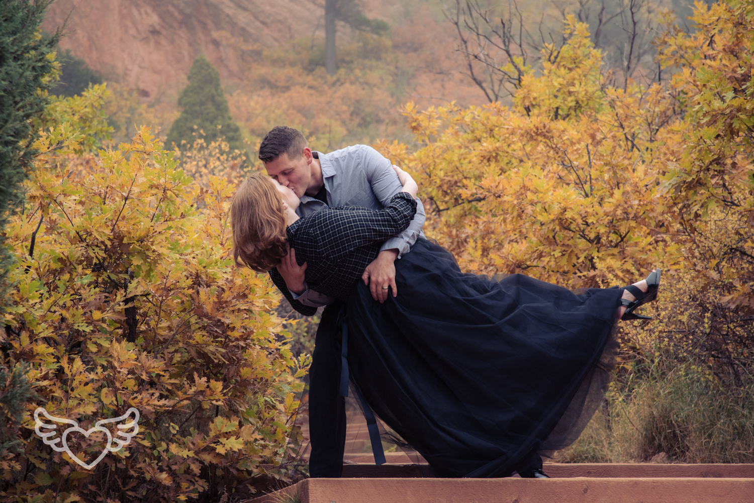 Couples_Photography_Gardenofthegods-51.jpg