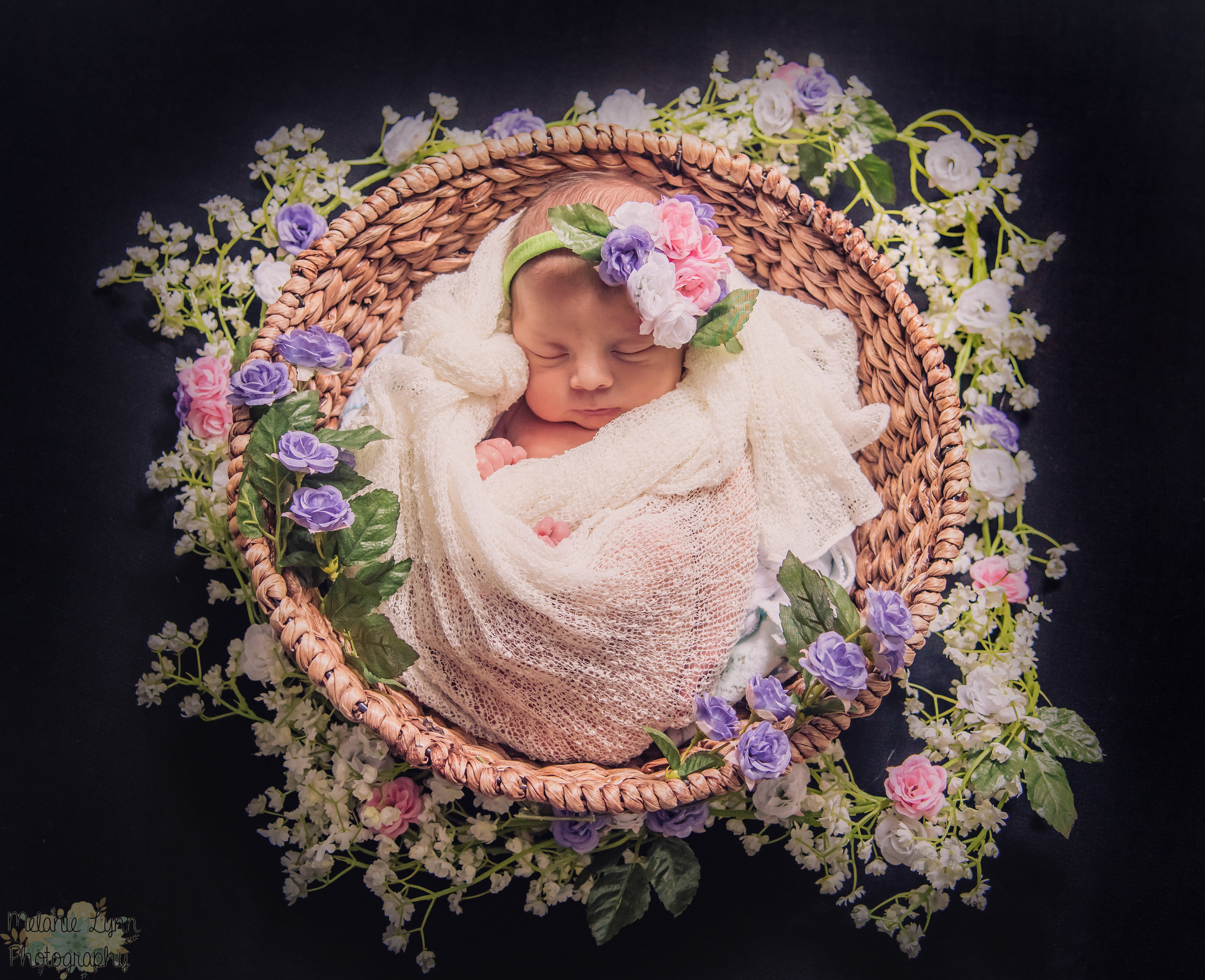 floral basket babywrap.JPG