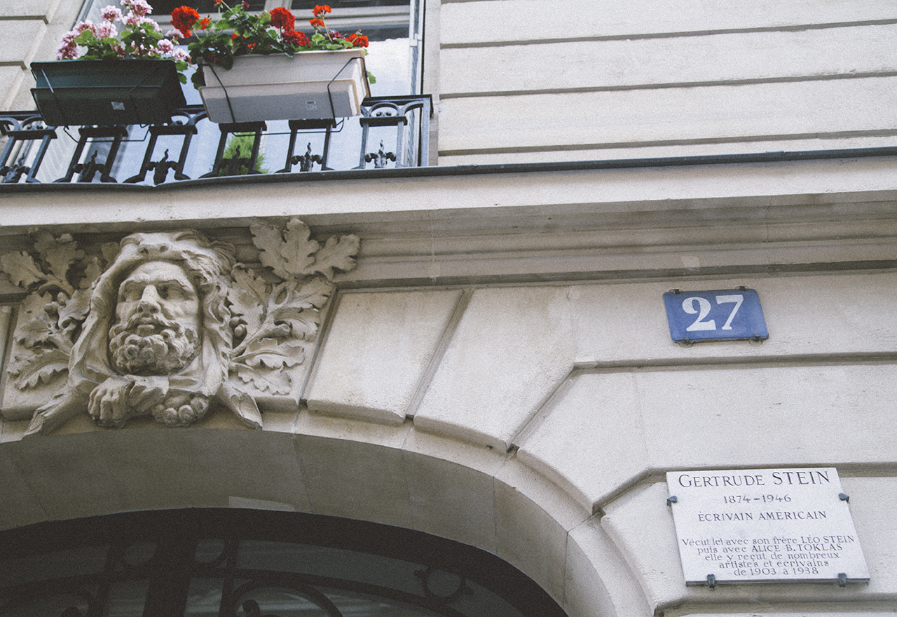 """A Walk With Hemingway: Touring Paris's Latin Quarter Following His """"A Moveable Feast"""" Footsteps"""