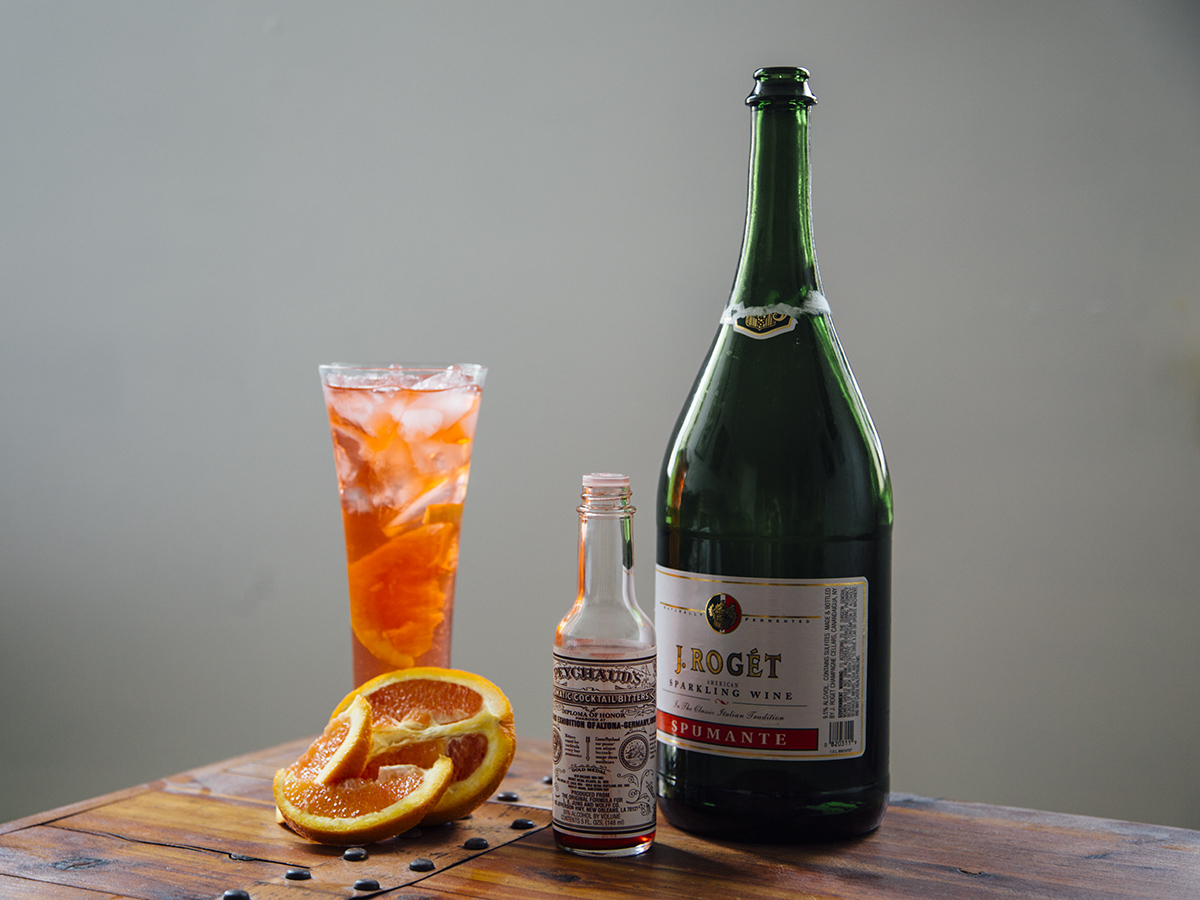 Spritz Recipe (AKA The Only Wine-Based Italian Drink You'll Be Ordering From Now On)