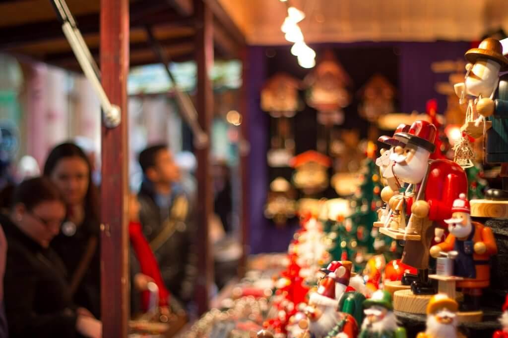 Best-Christmas-Markets-Around-World.jpg