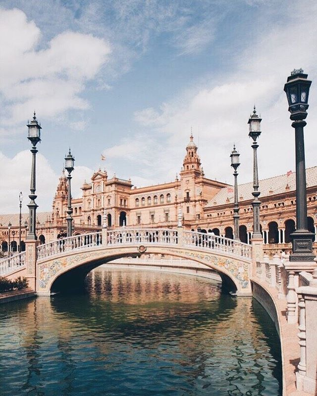 Seville, Spain: known for flamenco dancing, bull fighting and exotic Moorish architecture 💃🏽 Don't miss Real Alcázar, one of the oldest European Royal Palaces still in use ✨#OnMyWanderlist 📷via @pinterest 📍#Seville #Spain
