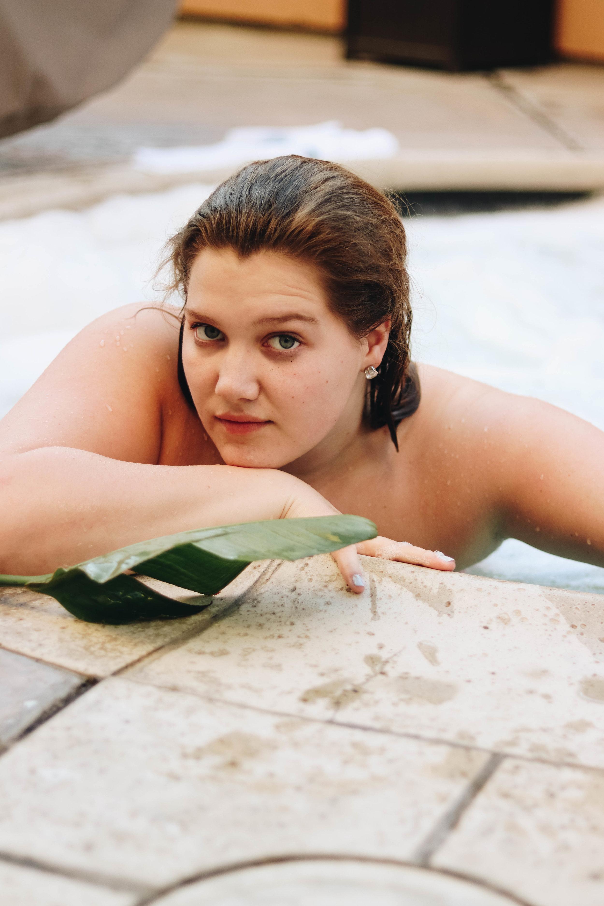 poolside photoshoot-32.jpg