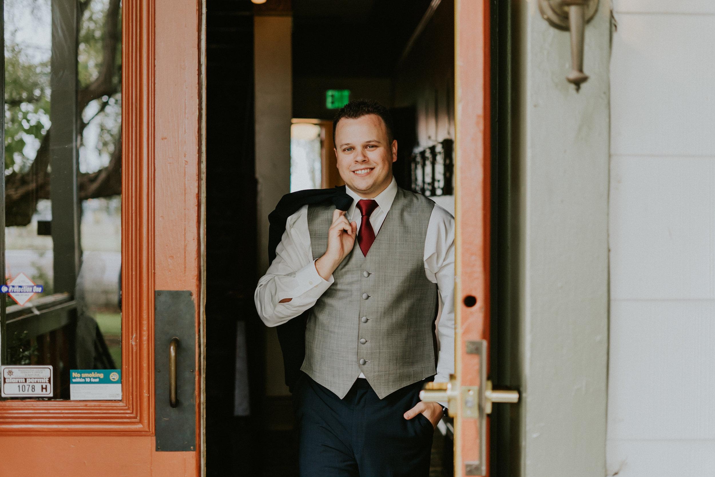 Portland_wedding_photographer_McMenamins_Alfred_Tang-11.jpg